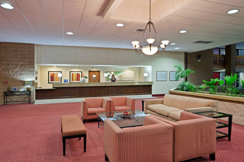 Holiday Inn Lawrence - ad image