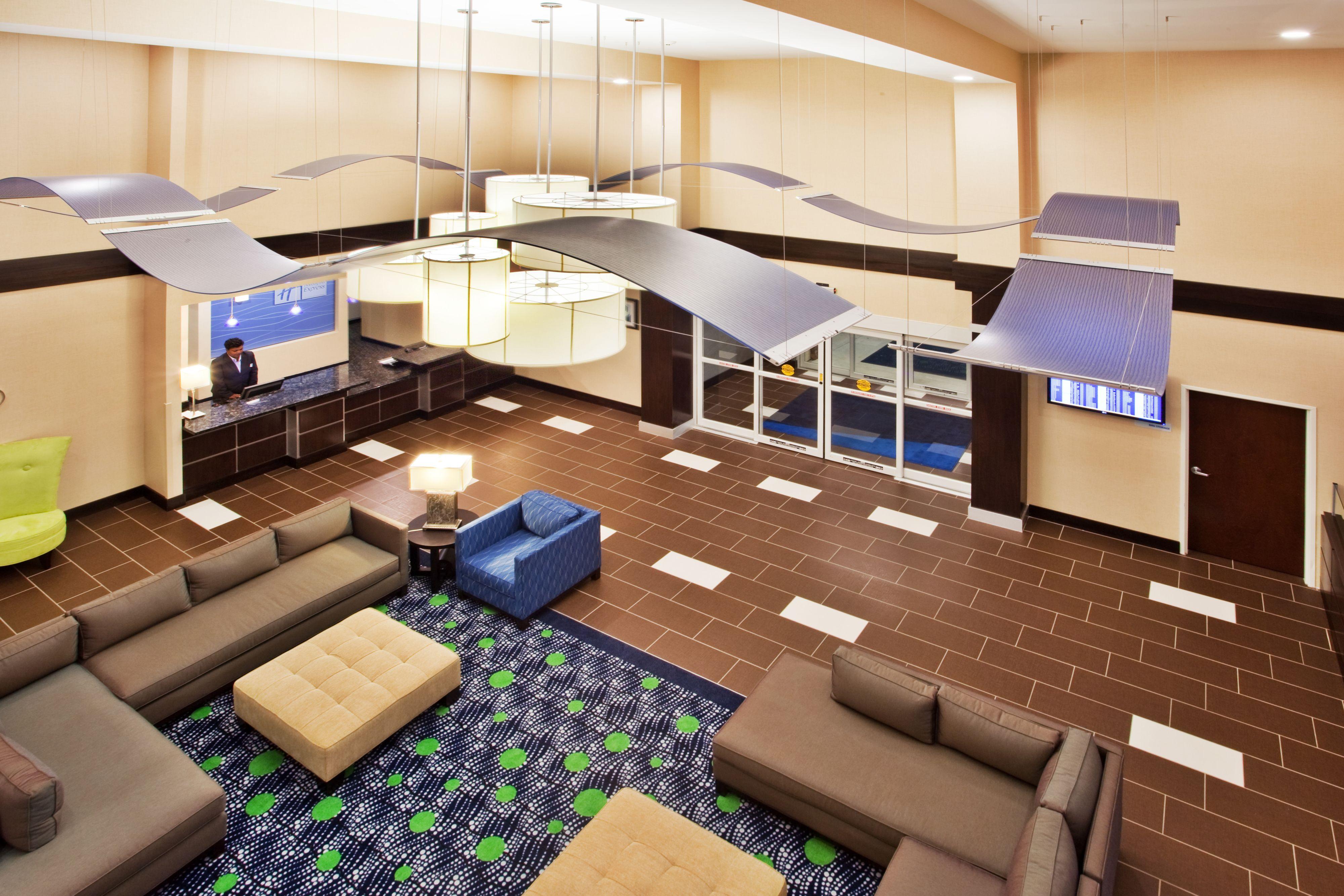 Holiday Inn Express & Suites Atlanta Arpt West - Camp Creek image 4