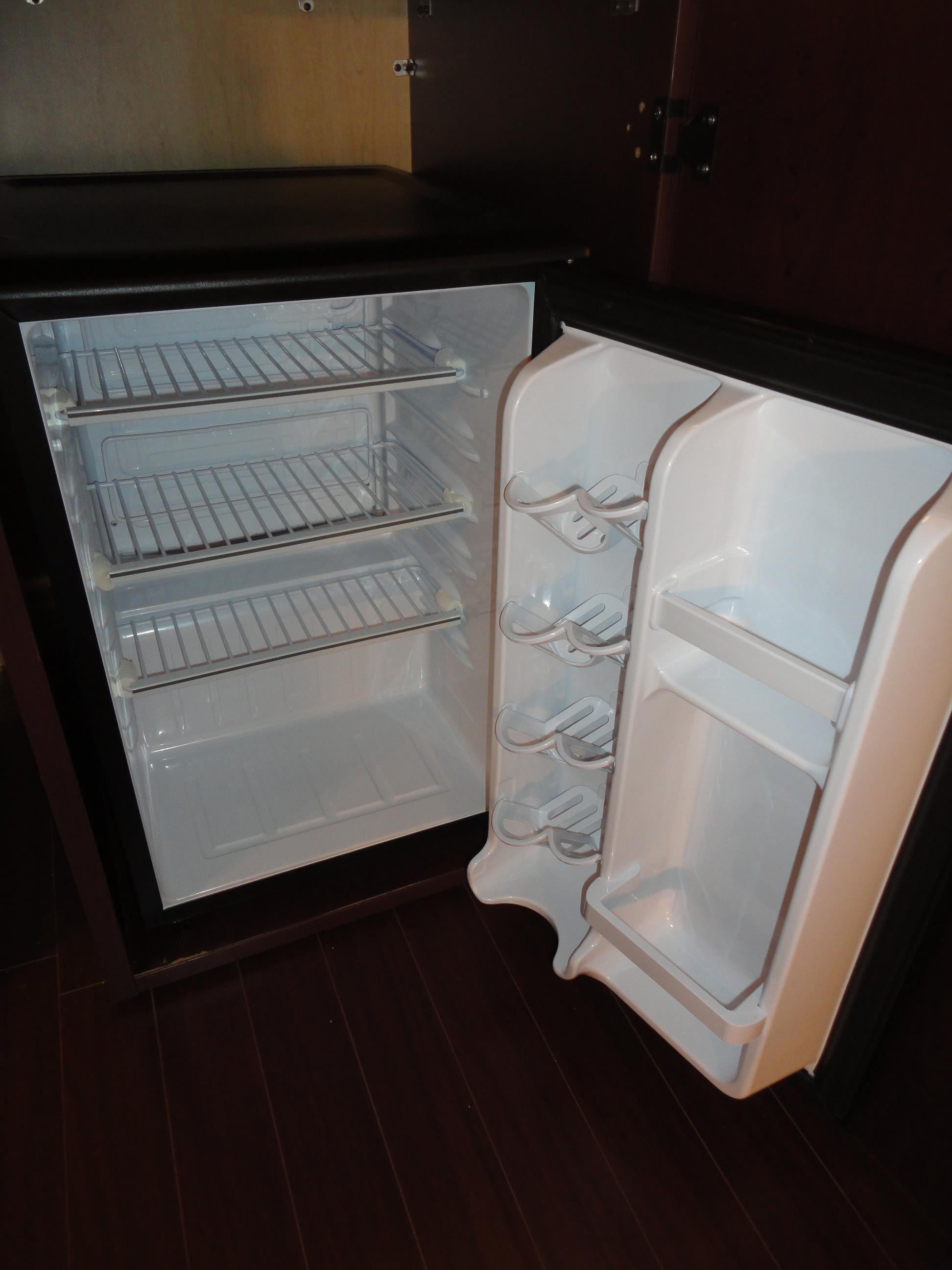 Best Western Laval-Montreal à Laval: Mini Refrigerator