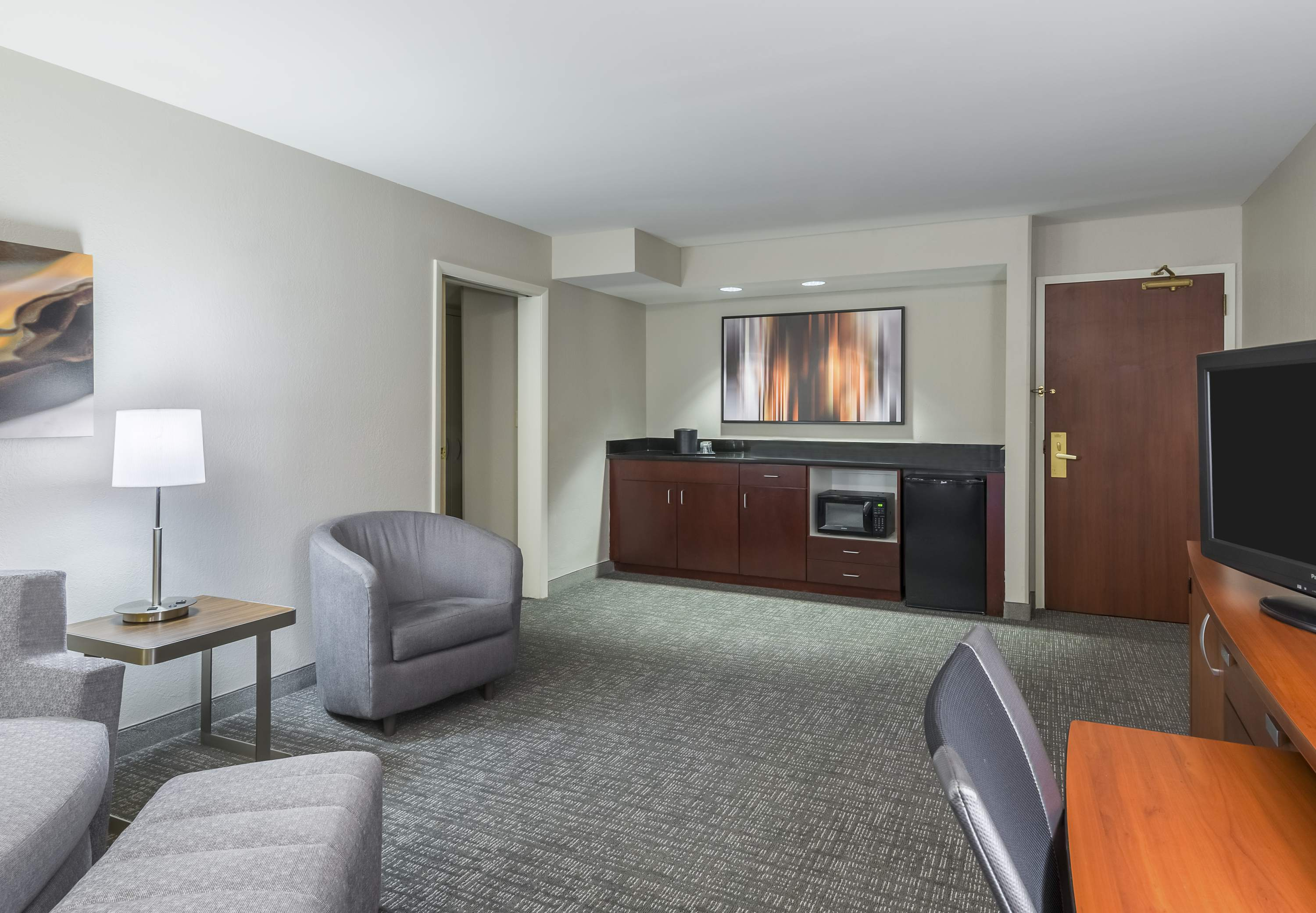 Courtyard by Marriott Knoxville Cedar Bluff image 4