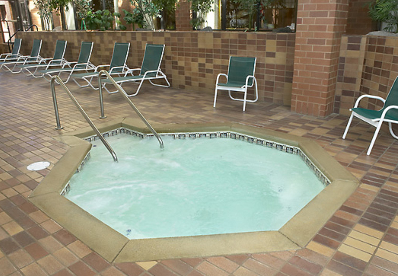 Delta Hotels by Marriott Racine image 1