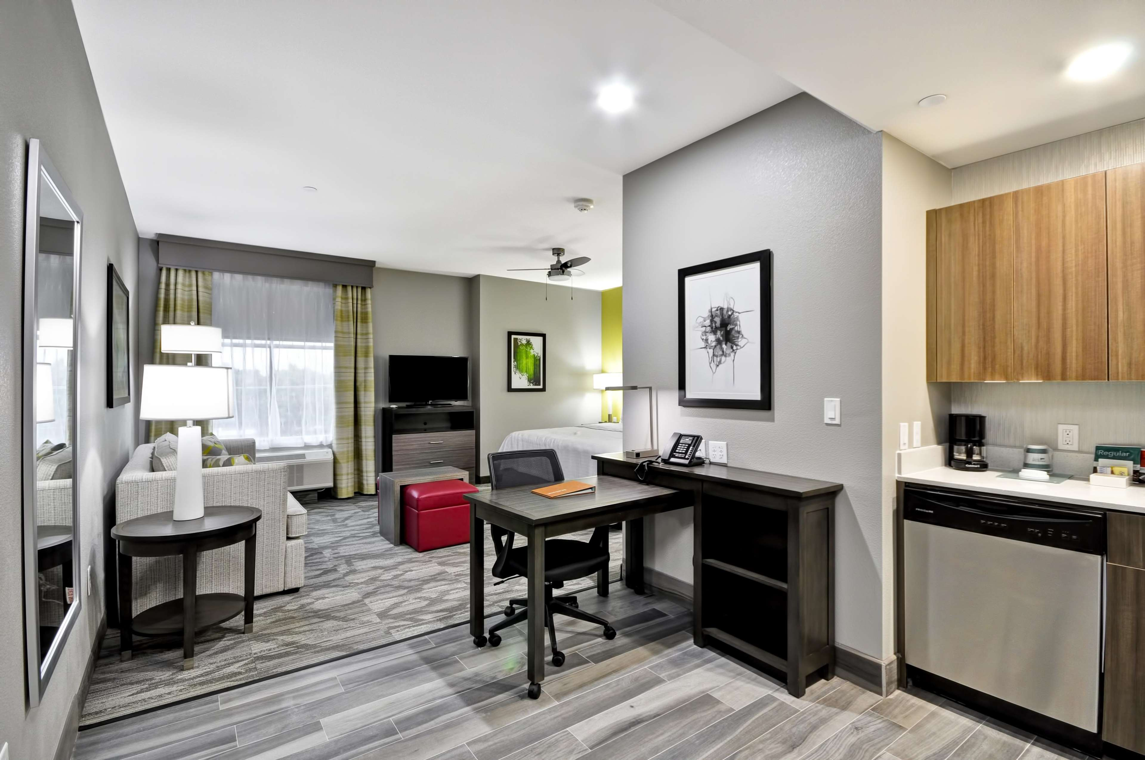 Homewood Suites by Hilton Tyler image 36