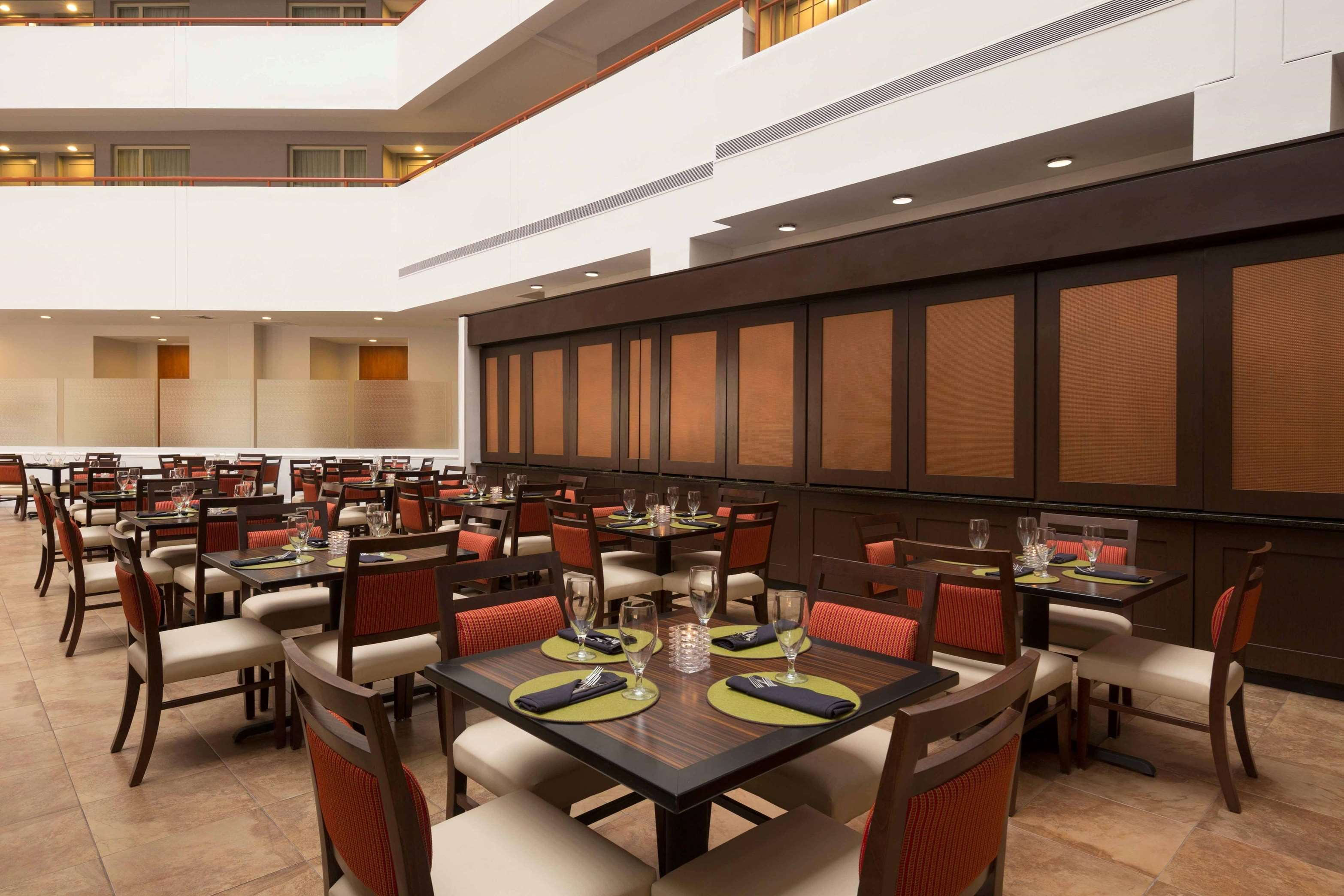 Embassy Suites by Hilton Baltimore at BWI Airport image 37