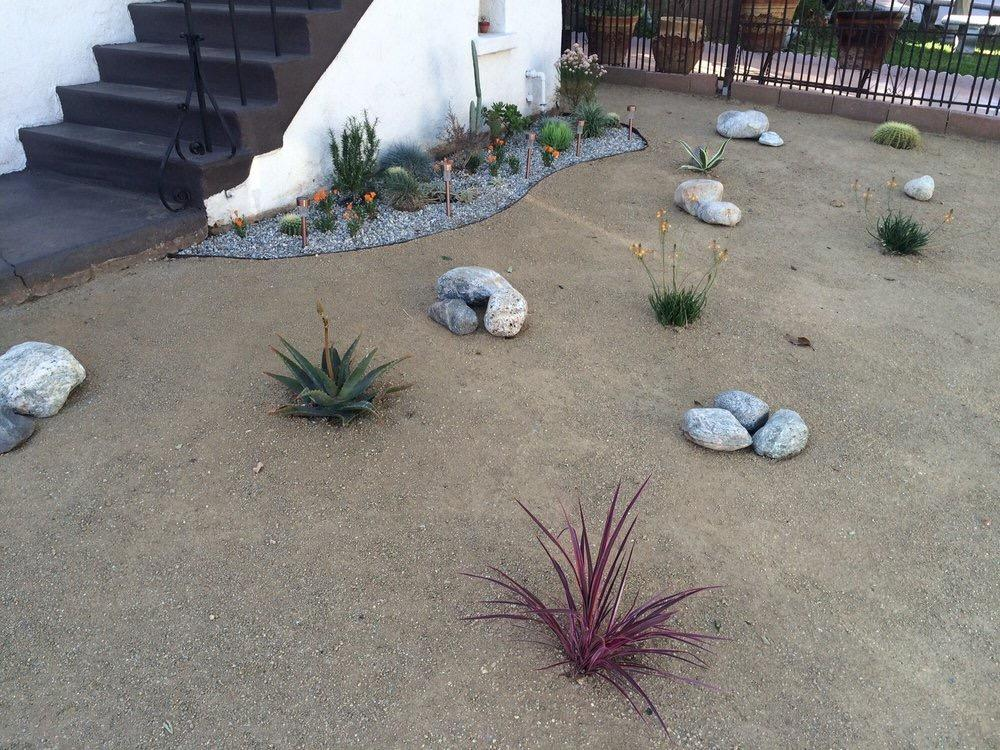 Flores Landscaping image 27