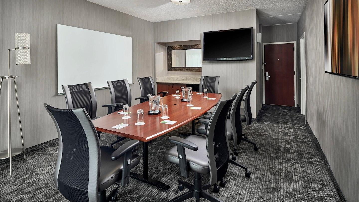 Courtyard by Marriott Baltimore BWI Airport image 3