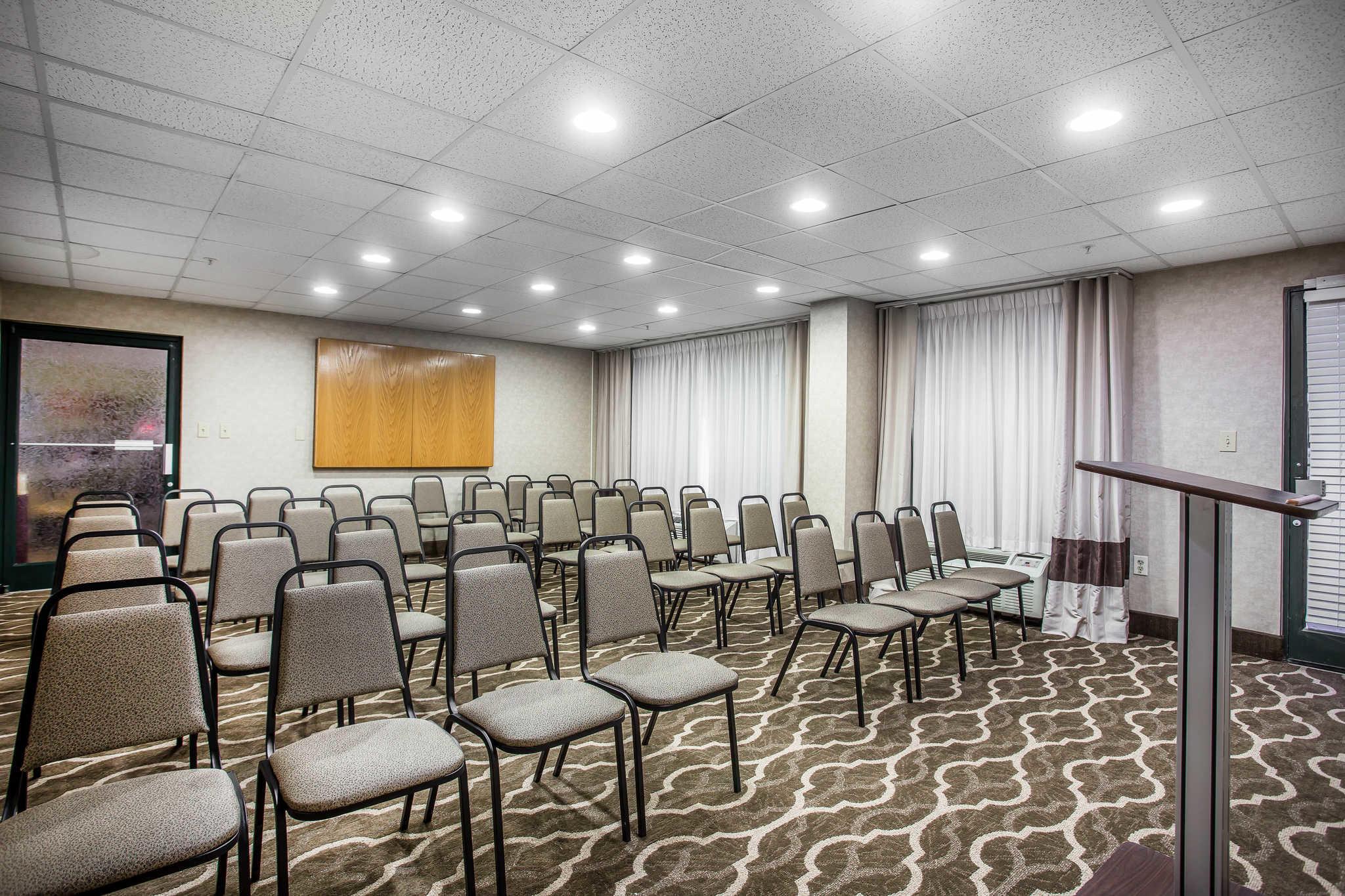 Comfort Inn & Suites Lake Norman image 33