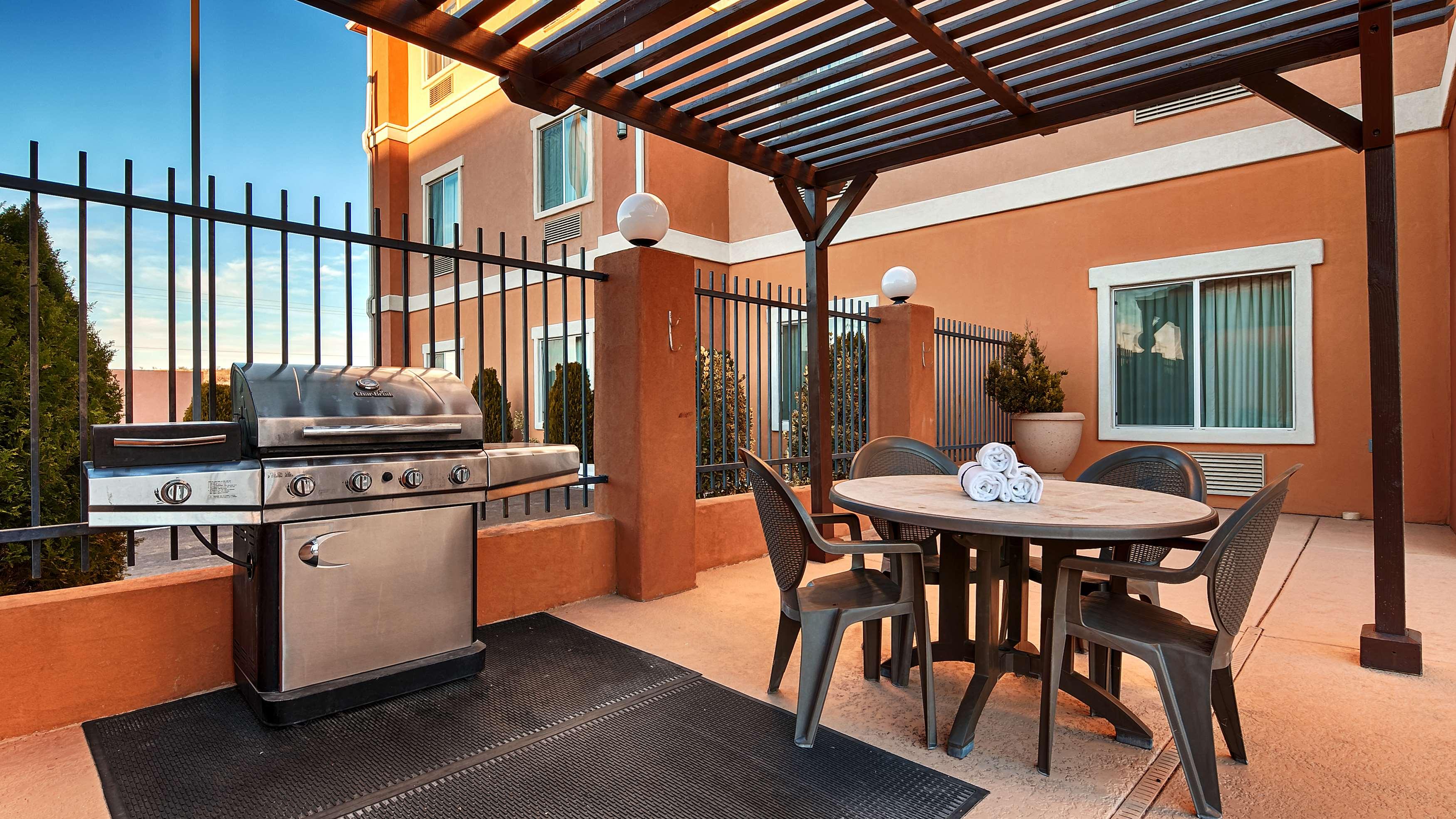 Best Western Sonora Inn & Suites image 18