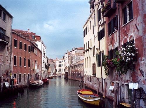 Agnello Travel image 3