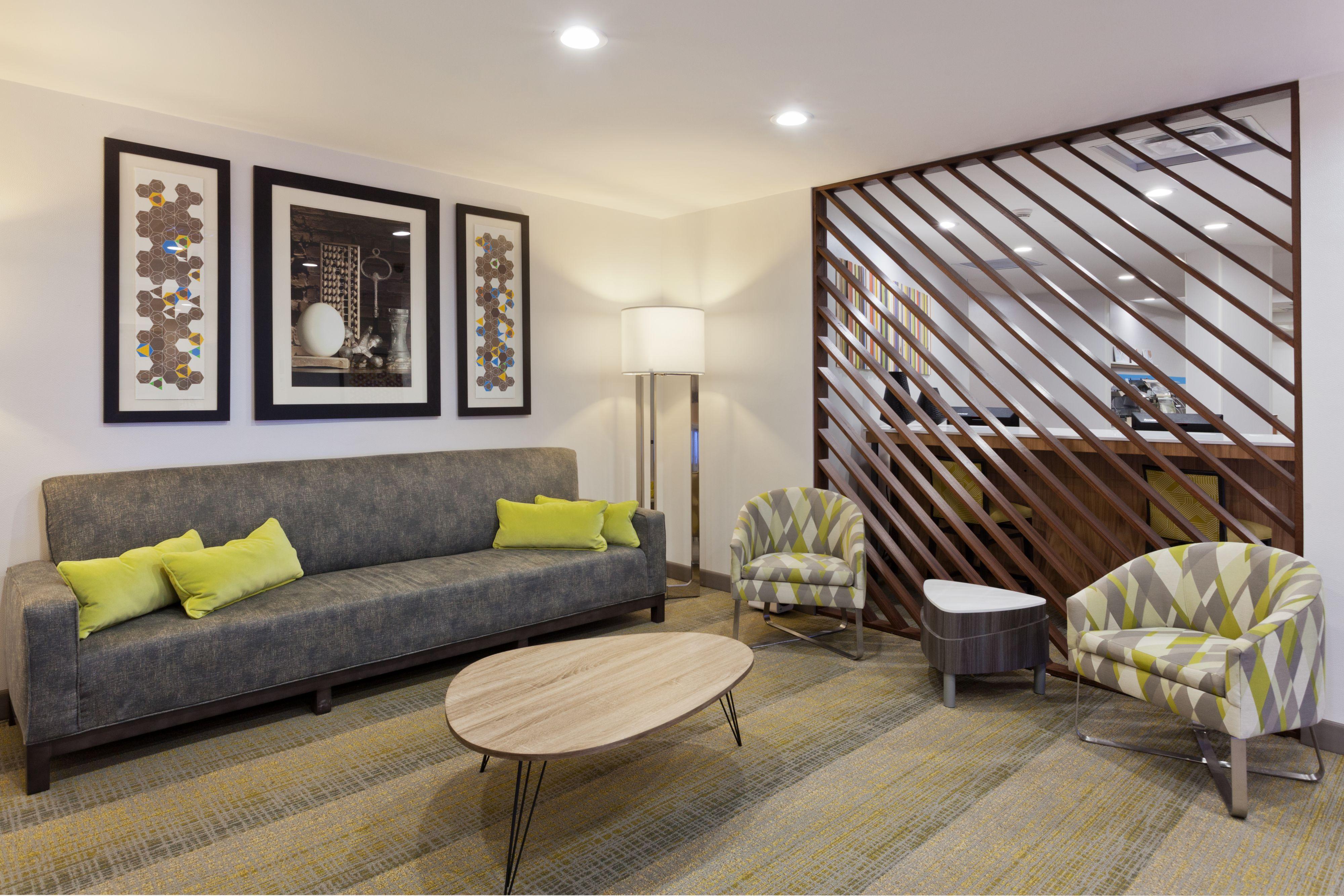 Holiday Inn Express Phenix City-Ft.Benning Area image 4