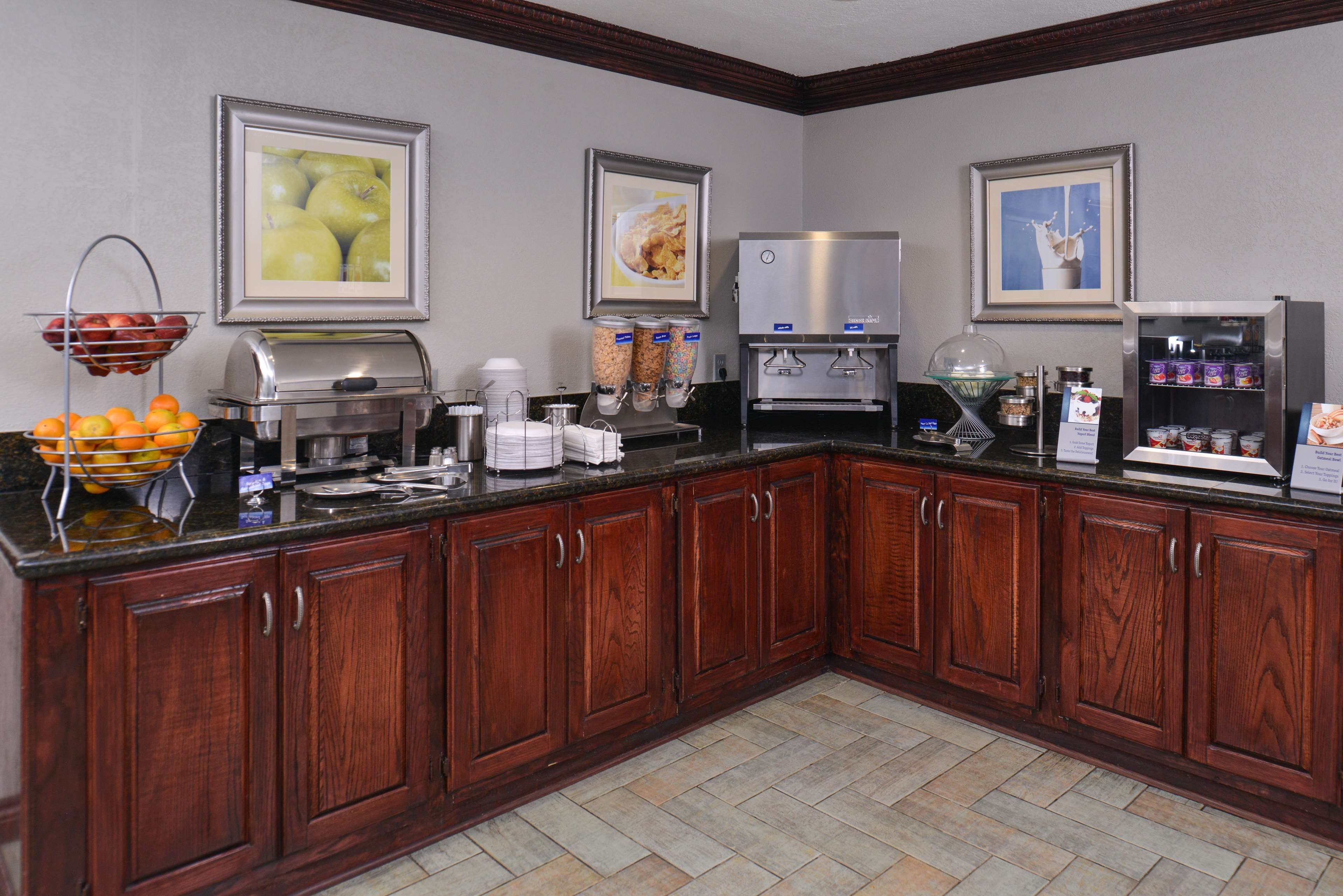 Best Western Irving Inn & Suites at DFW Airport image 26