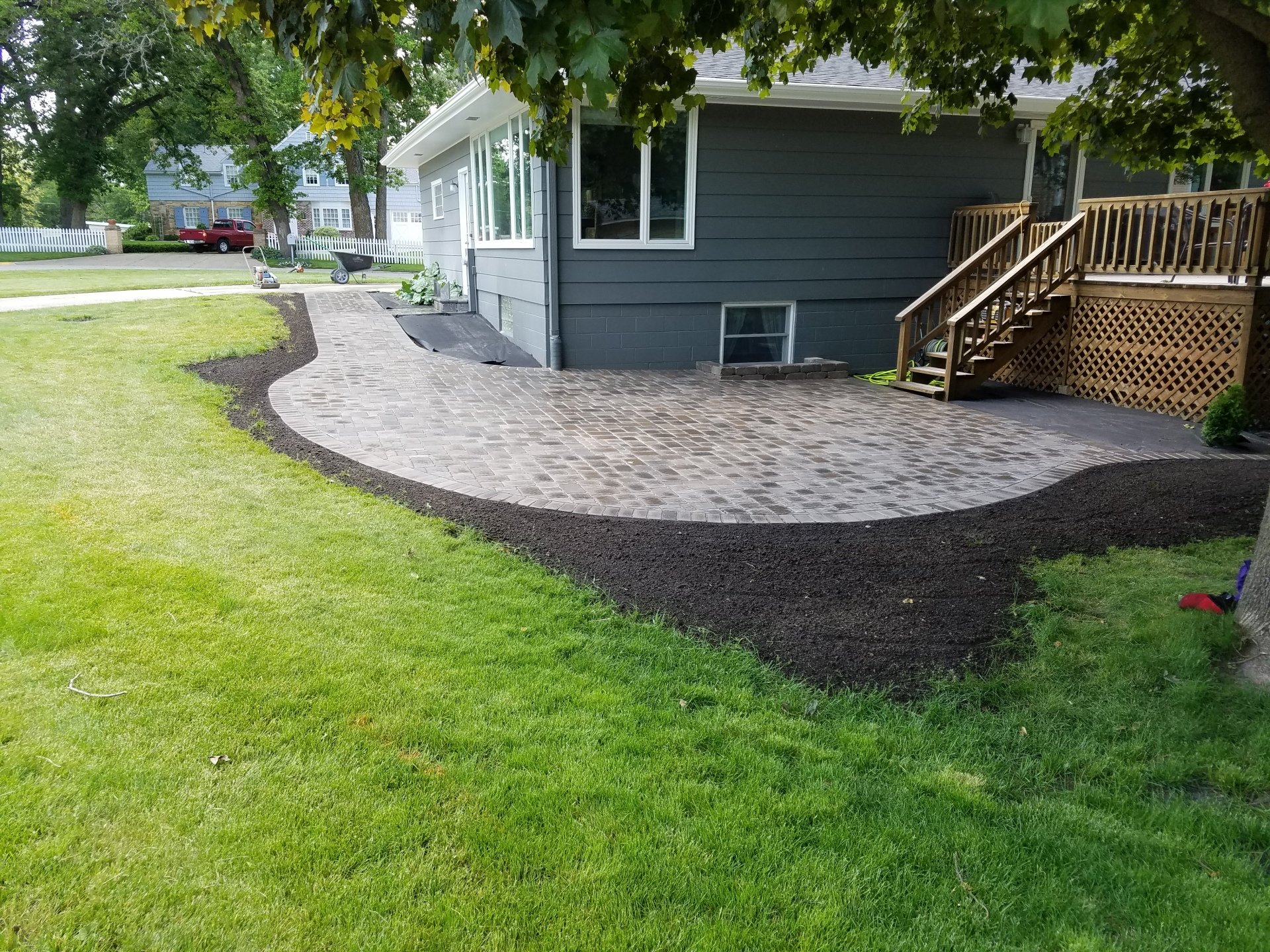 Noss Landscaping image 5