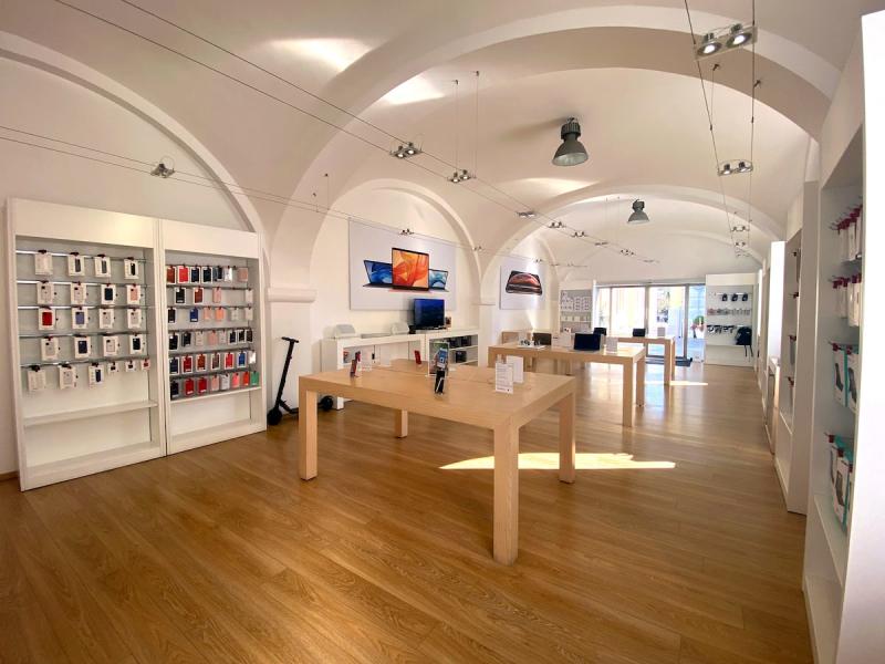 C&C Olbia - Rivenditore Apple