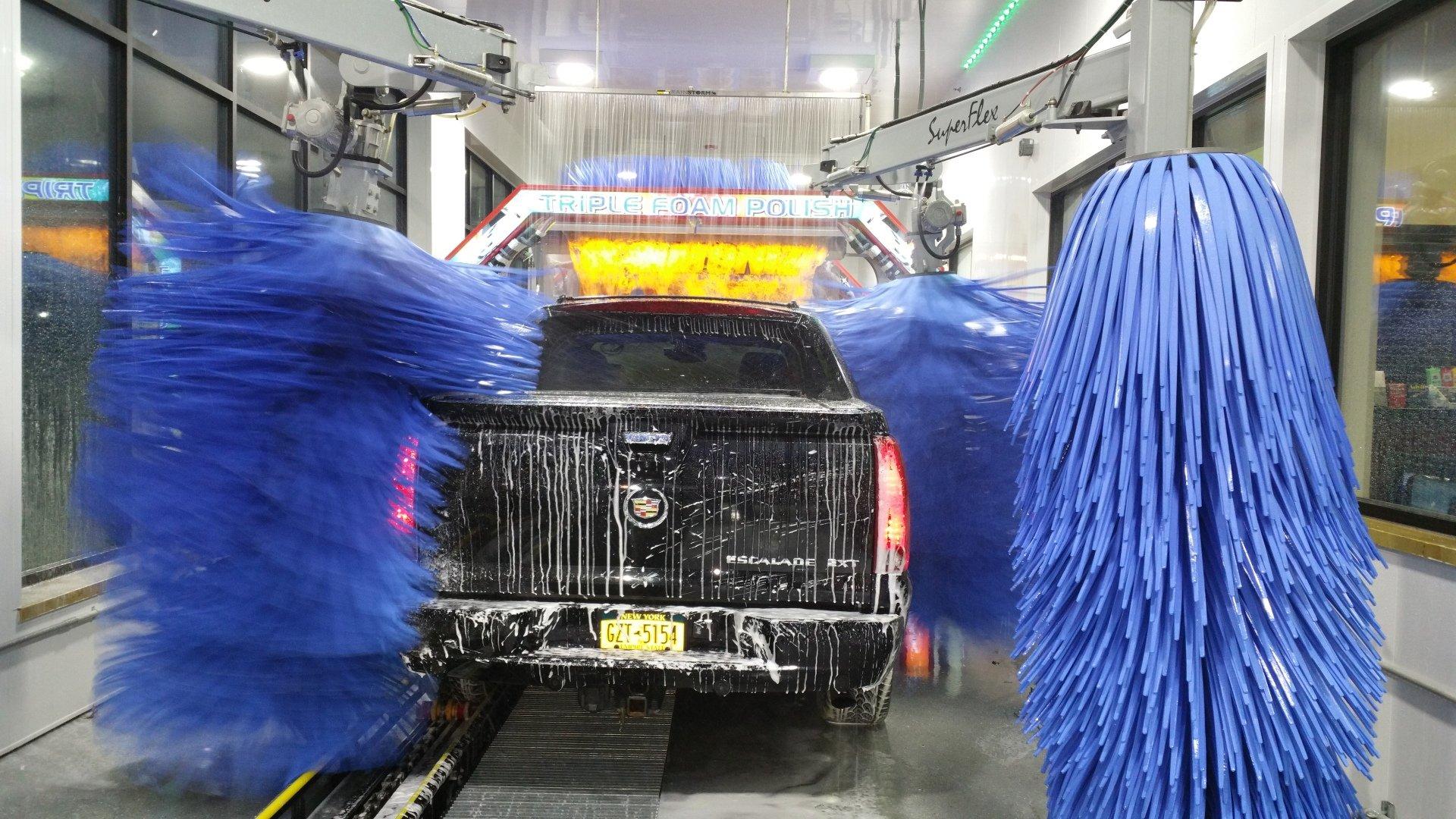 Pooran Car Wash image 4