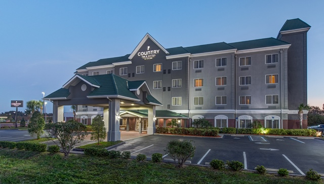 Country Inn & Suites by Radisson, St. Petersburg - Clearwater, FL image 0