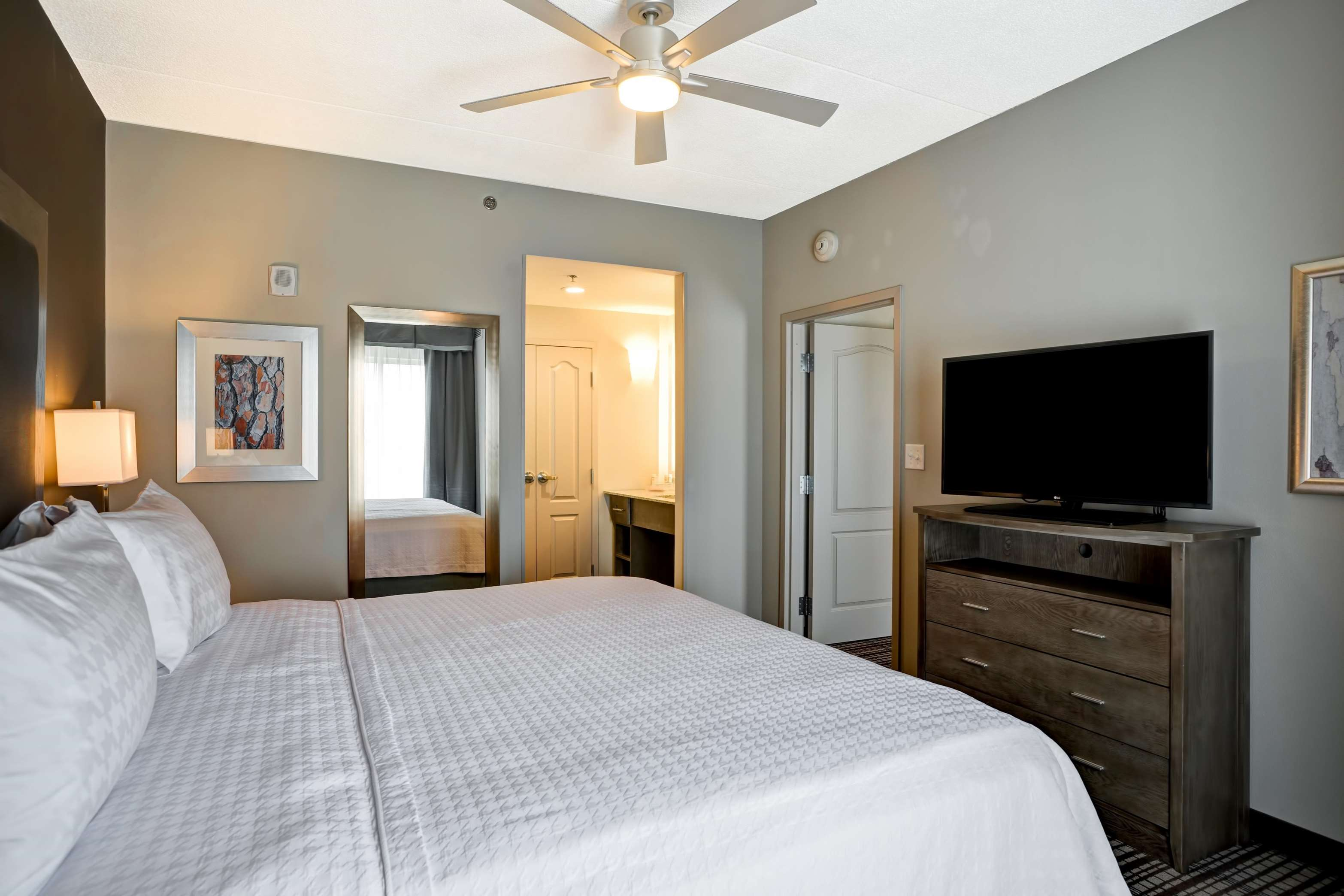 Homewood Suites by Hilton Nashville Franklin Cool Springs image 7