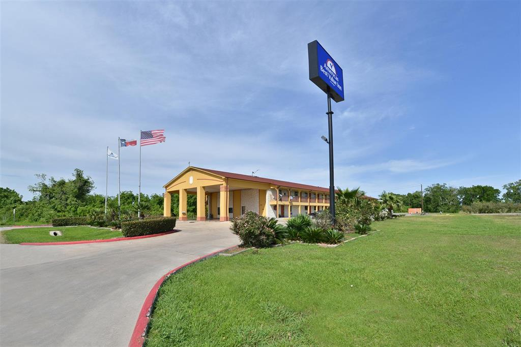 Americas Best Value Inn Wharton image 0
