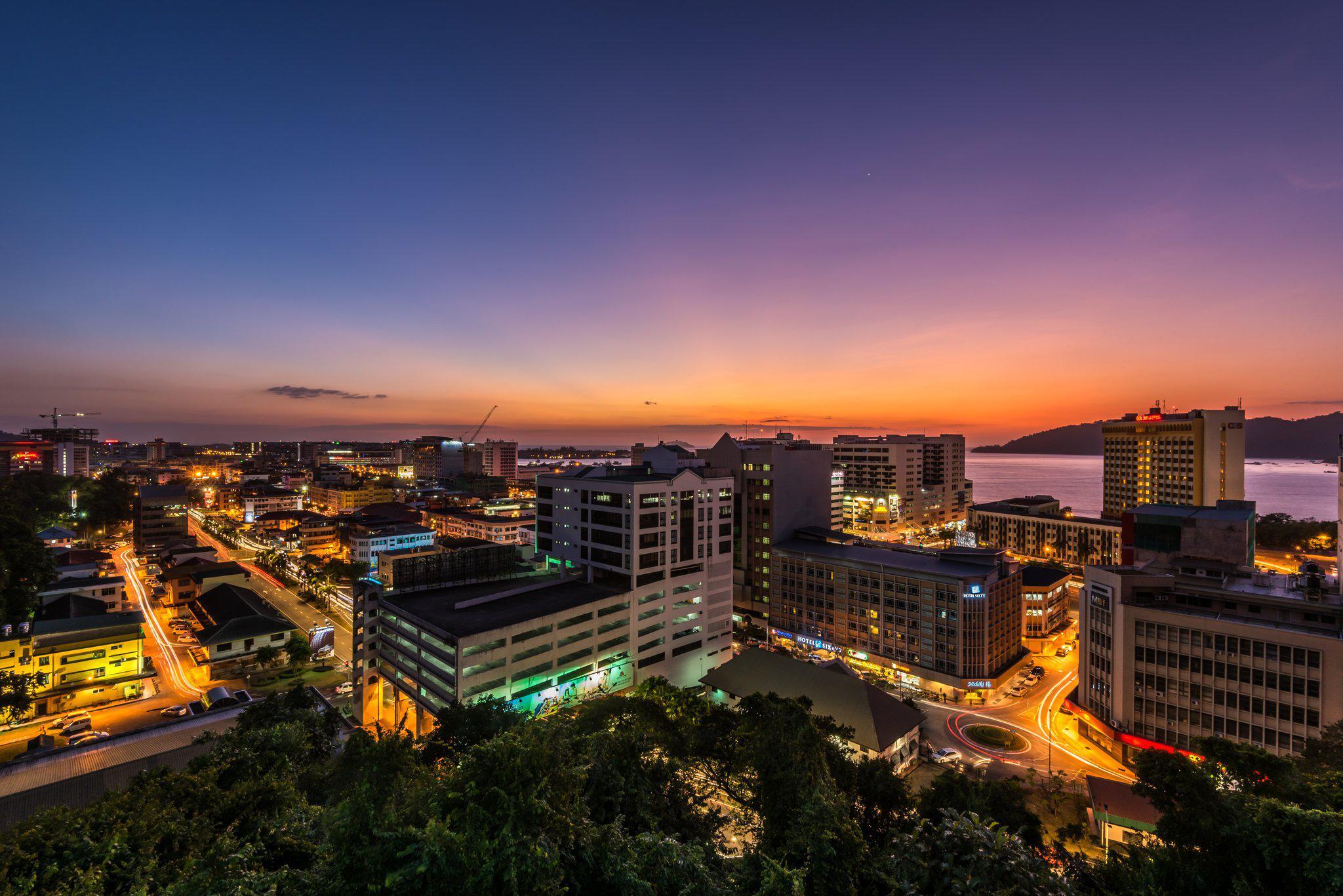 Holiday Inn Express Kota Kinabalu City Centre