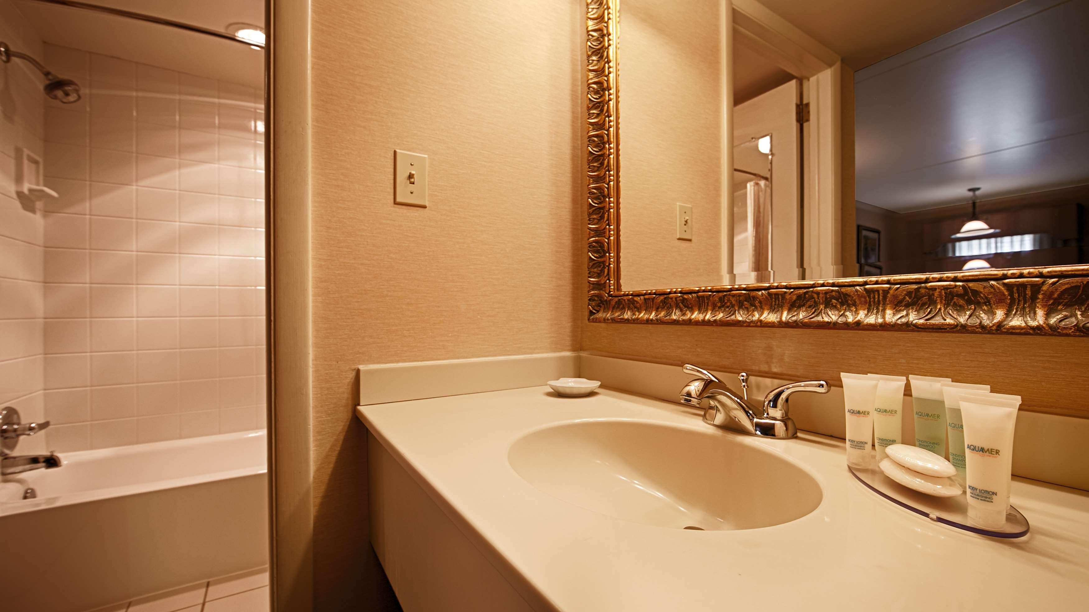 Best Western Plus Revere Inn & Suites image 10