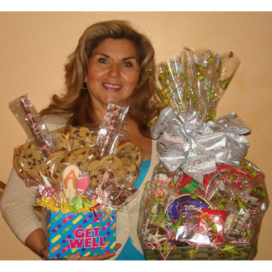 Delectable Gourmet & Fruit Gift Baskets