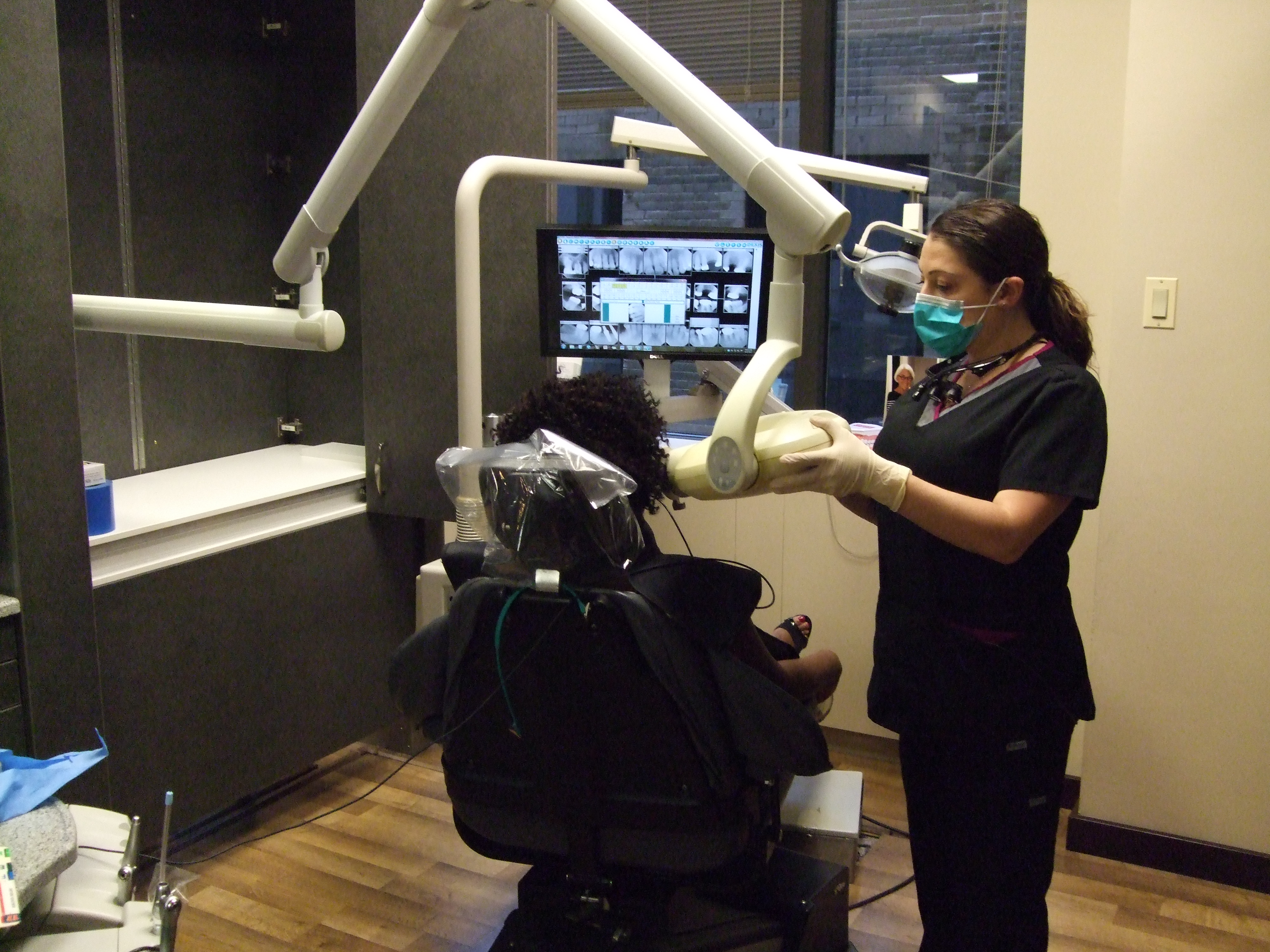 University Associates in Dentistry image 6