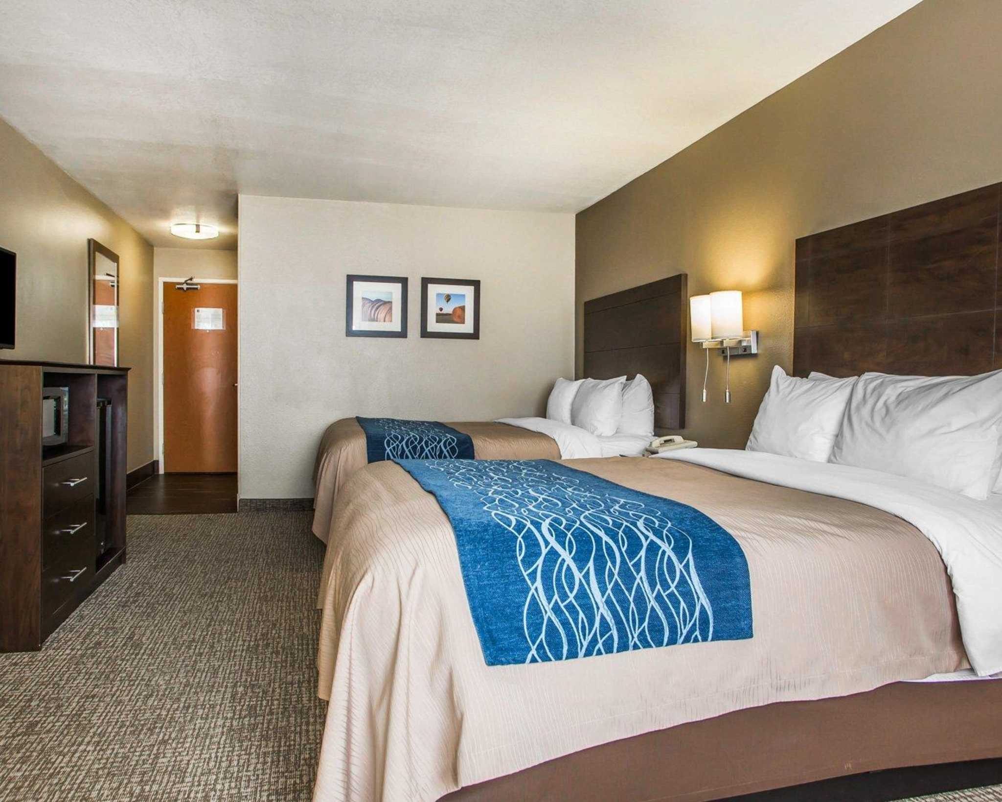 Comfort Inn & Suites Waterloo – Cedar Falls image 11