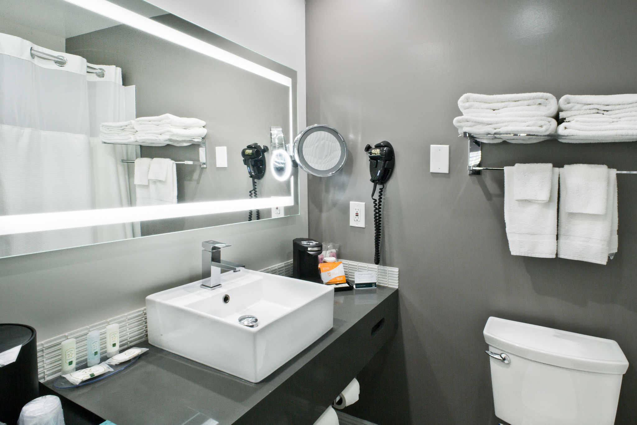 Quality Inn image 33