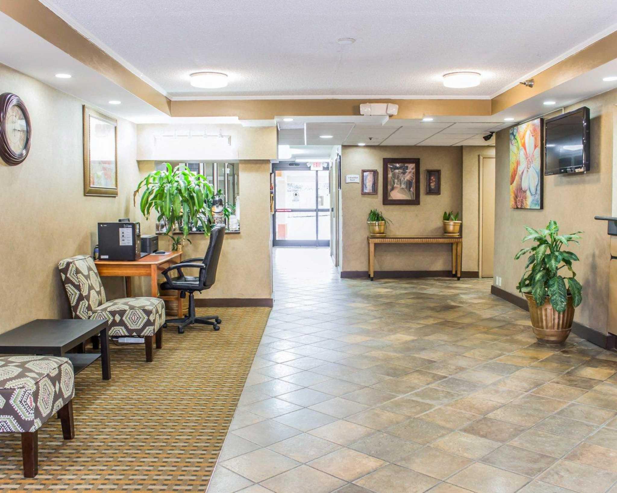 Quality Inn & Suites Fort Bragg image 11