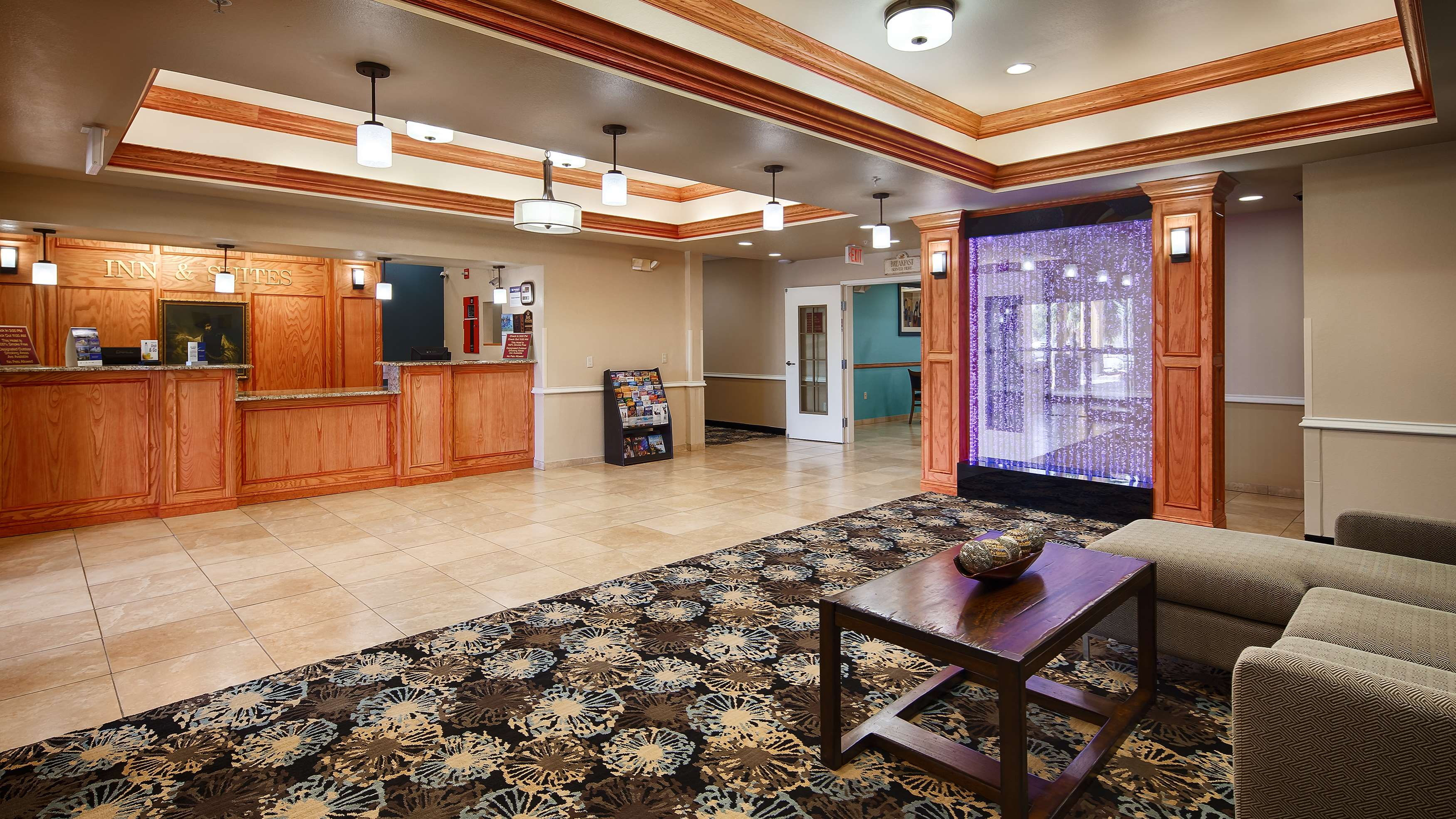 Best Western Plus Monahans Inn & Suites image 1