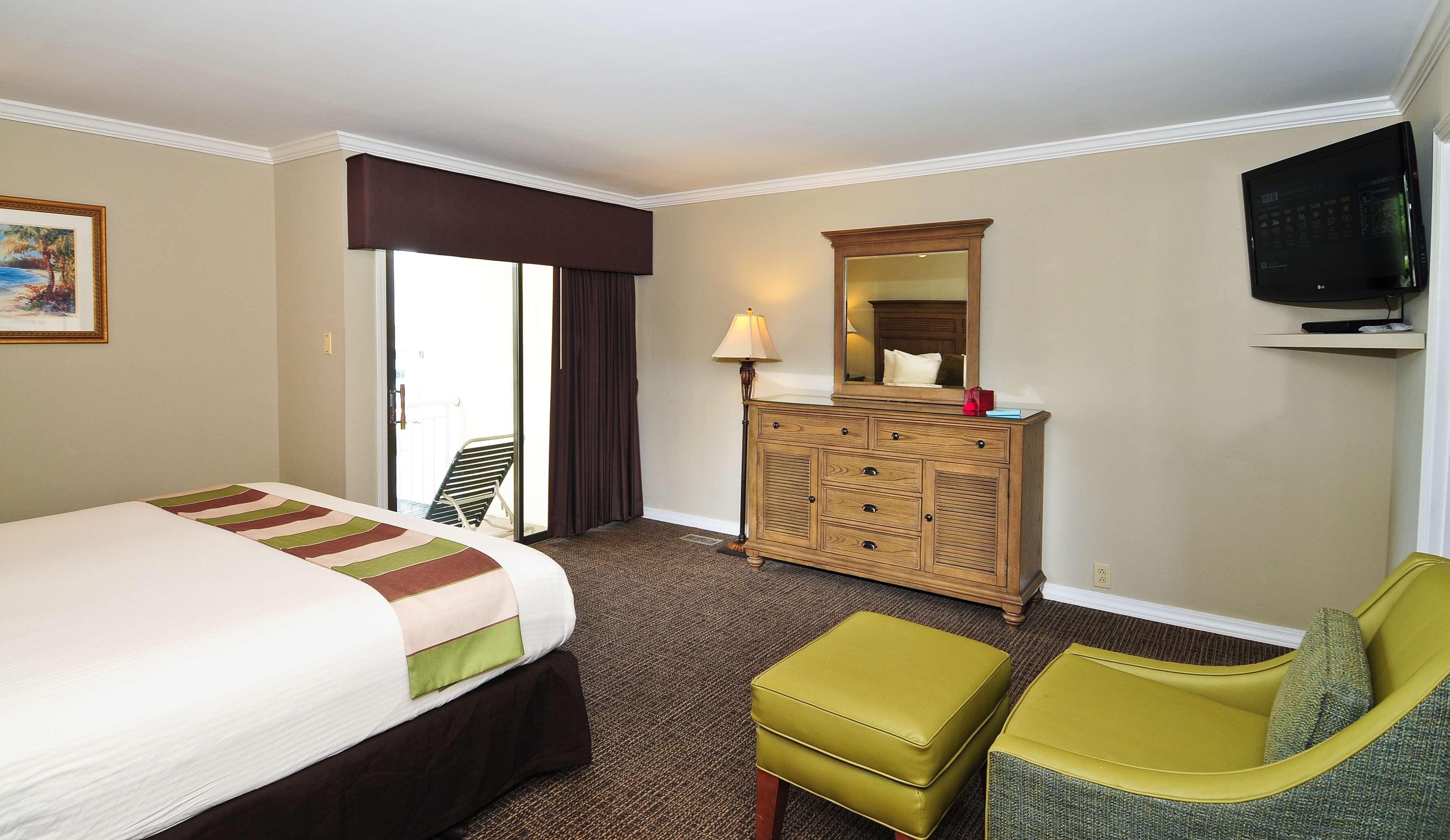 Best Western Plus Grand Strand Inn & Suites image 25