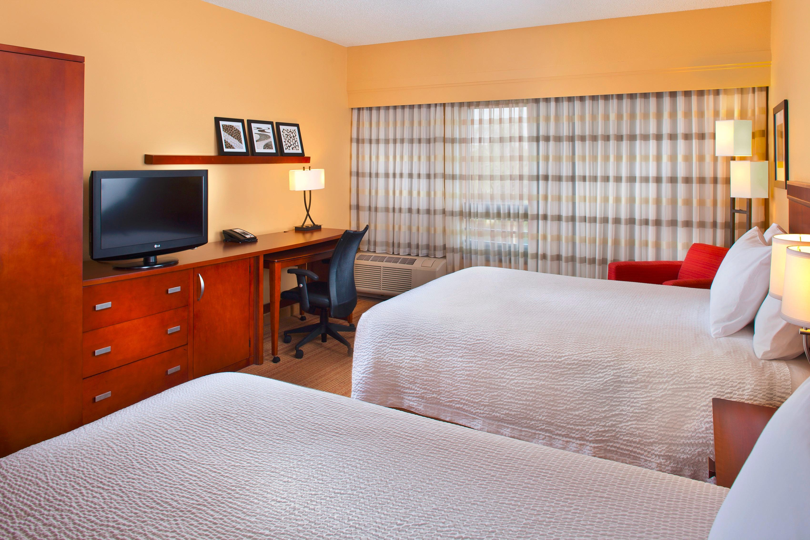 Courtyard by Marriott Miami Lakes image 15
