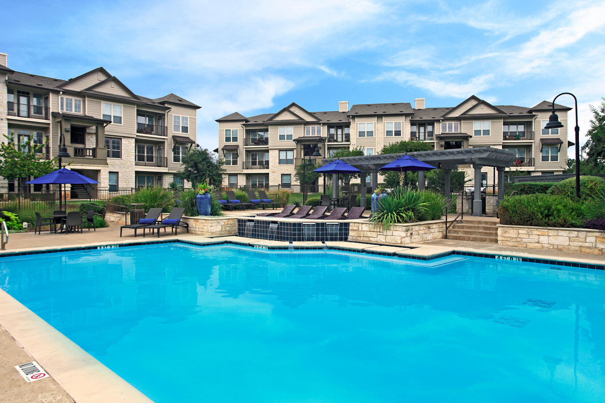 Camden Cedar Hills Apartments image 16