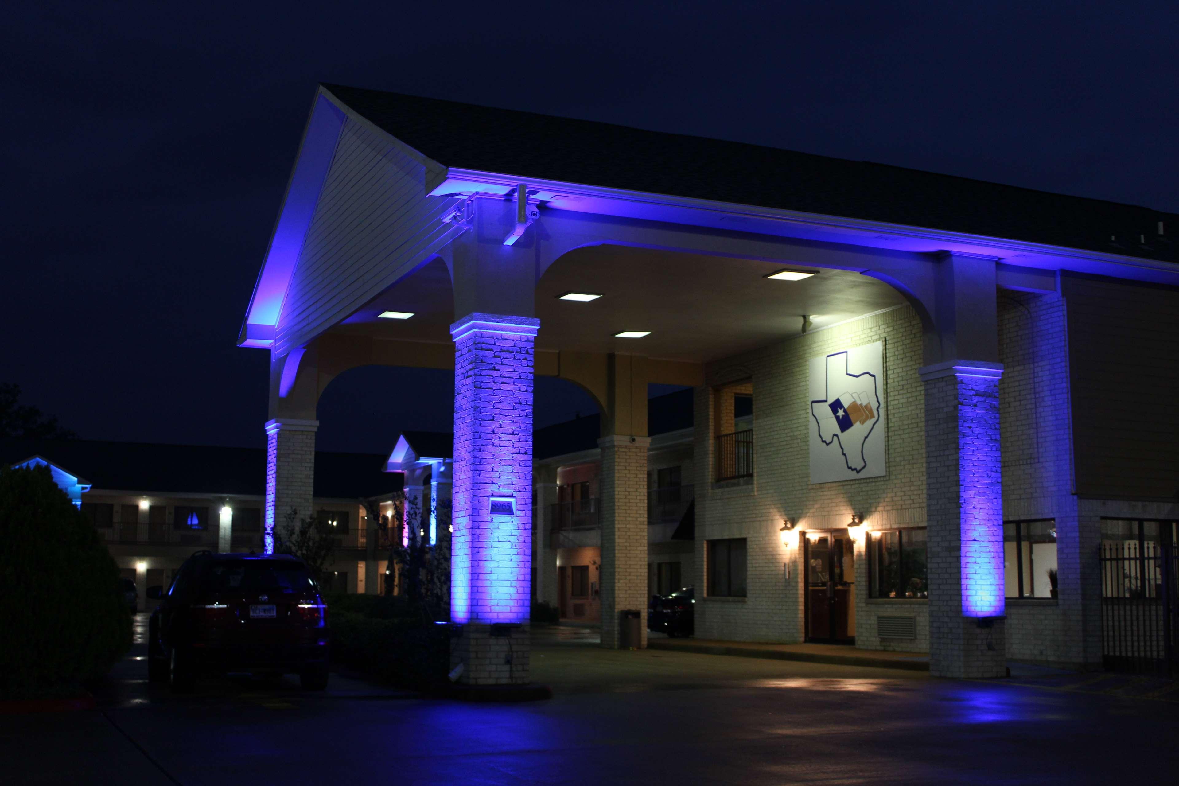 Best Western Inn of Navasota image 4