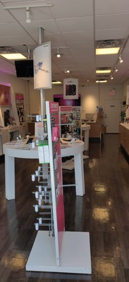 Interior photo of T-Mobile Store at West Chicago & North Ashland 2, Chicago, IL
