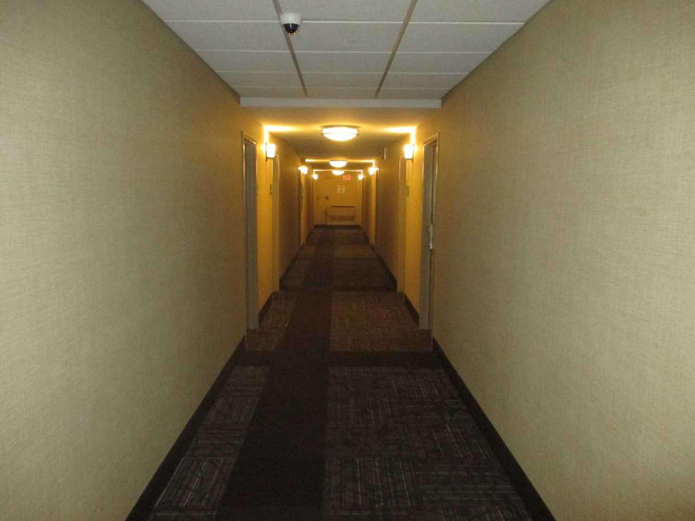 SureStay Plus Hotel by Best Western Kansas City Northeast image 8