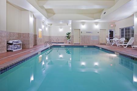 Country Inn & Suites by Radisson, Oklahoma City - Quail Springs, OK image 0