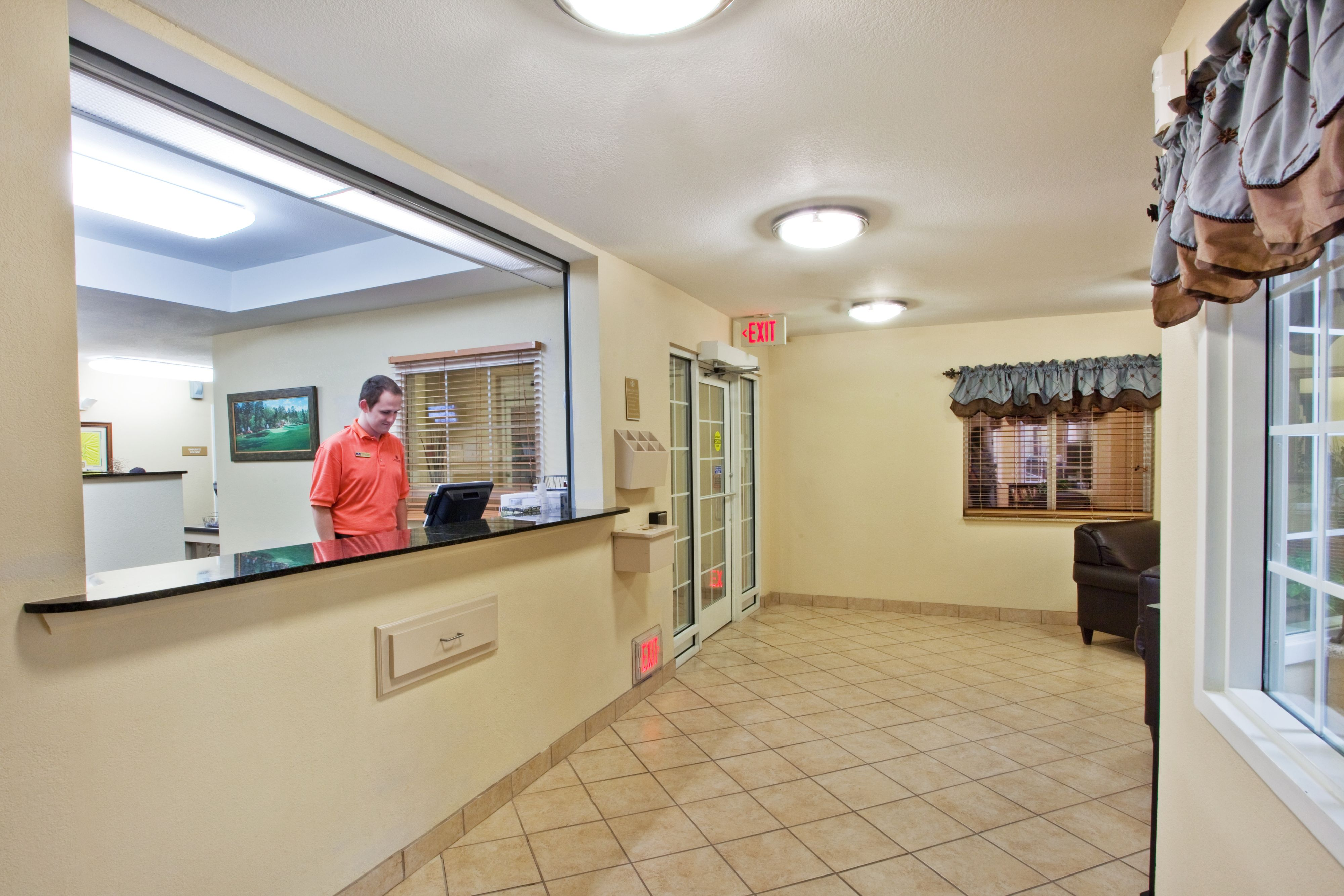 Candlewood Suites Augusta image 6