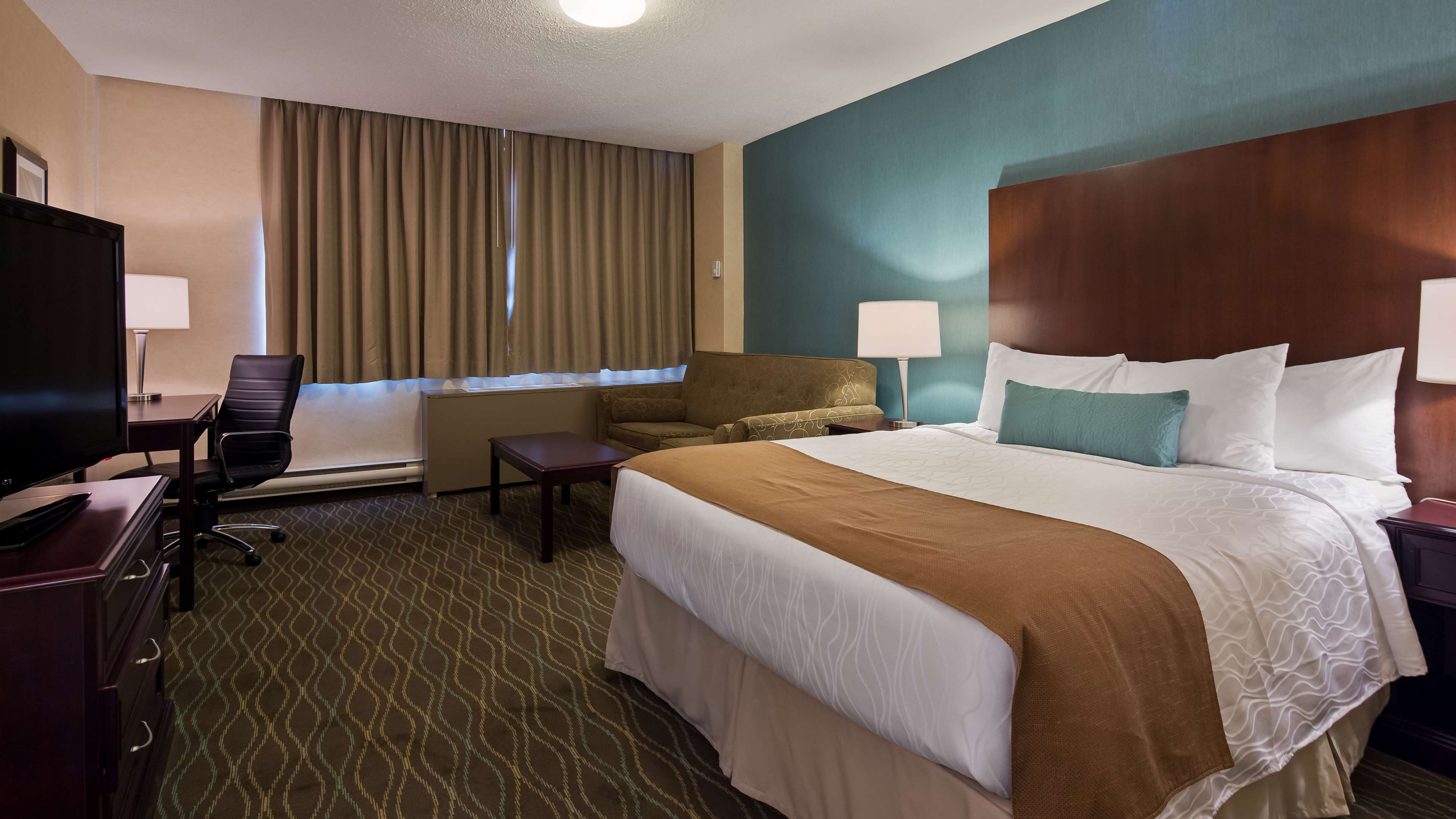best western plus durham hotel conference centre oshawa. Black Bedroom Furniture Sets. Home Design Ideas