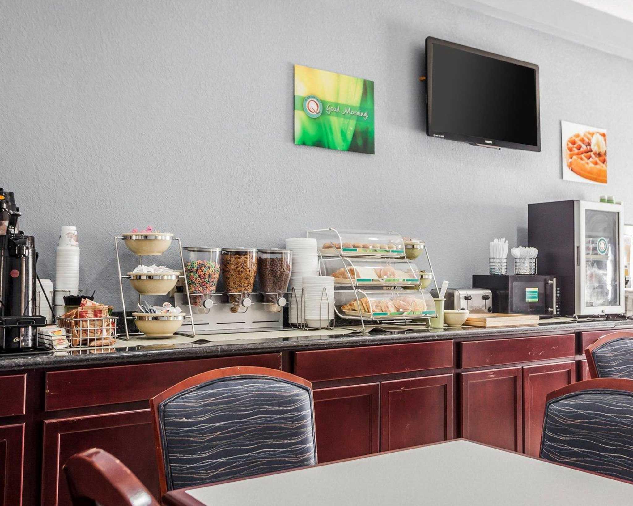 Quality Inn & Suites Altoona - Des Moines image 19