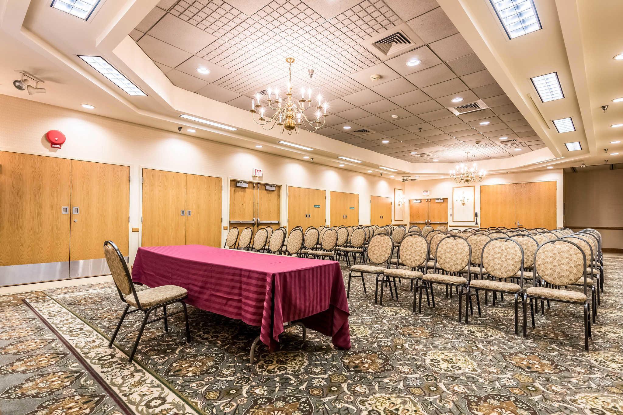 Quality Inn near Finger Lakes and Seneca Falls image 32