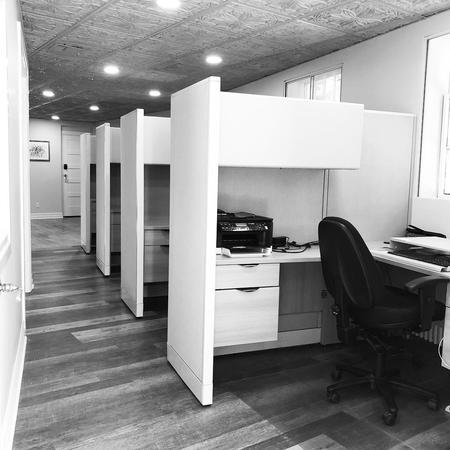 Amityville, NY Coworking Office Space - Workdesk space for rent