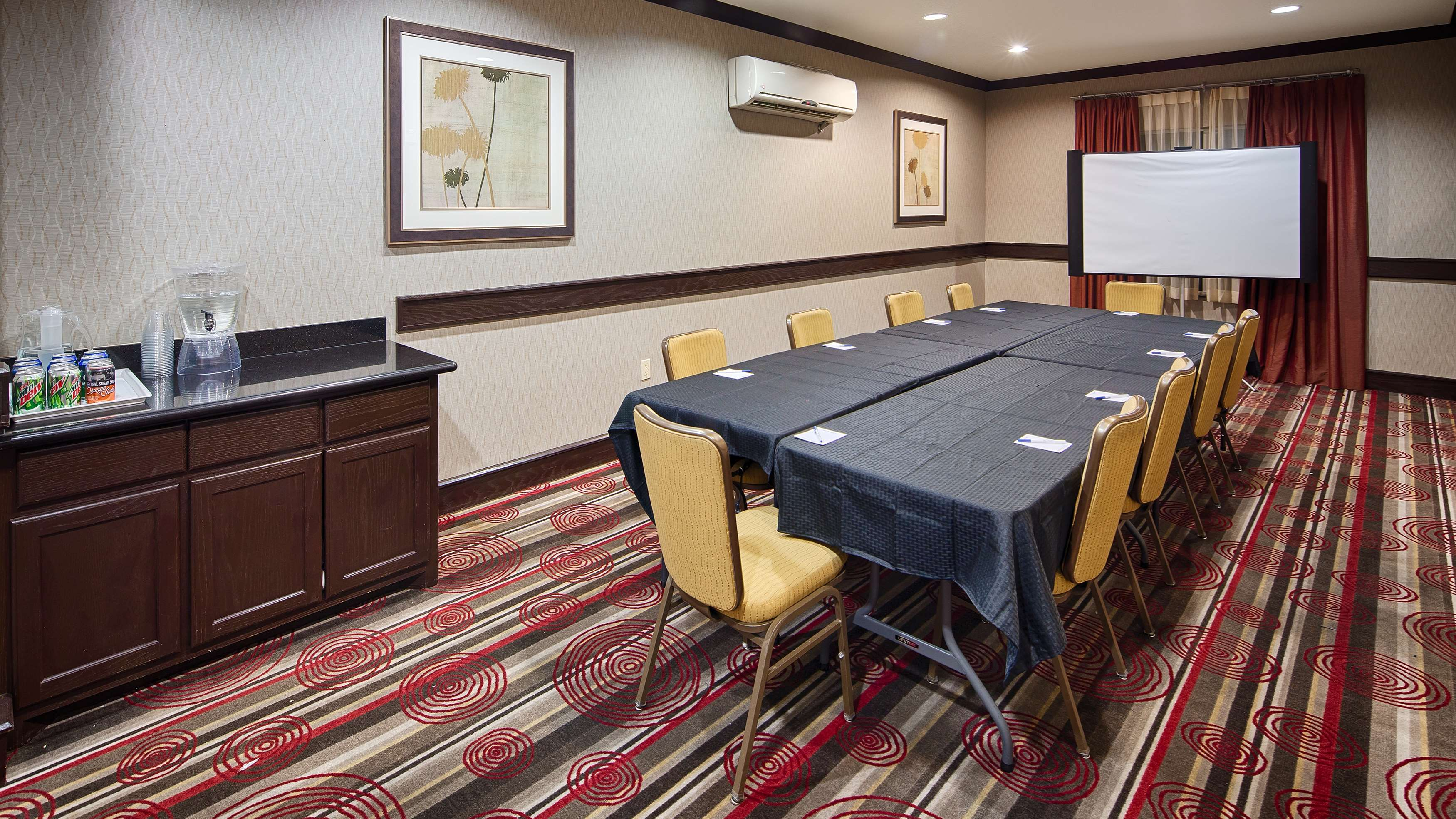 Best Western Plus DFW Airport West Euless image 25