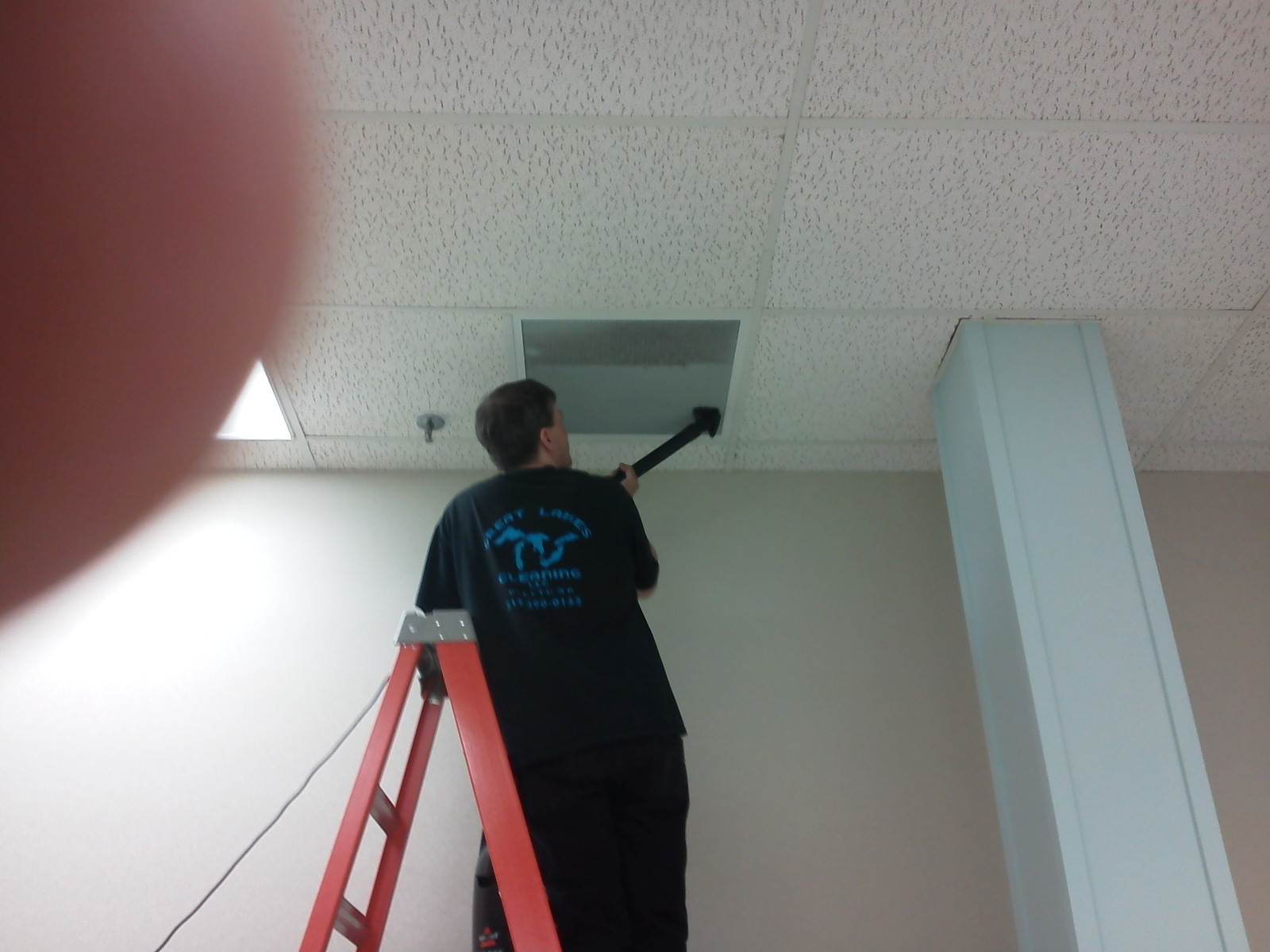 GREAT LAKES CLEANING LLC image 3