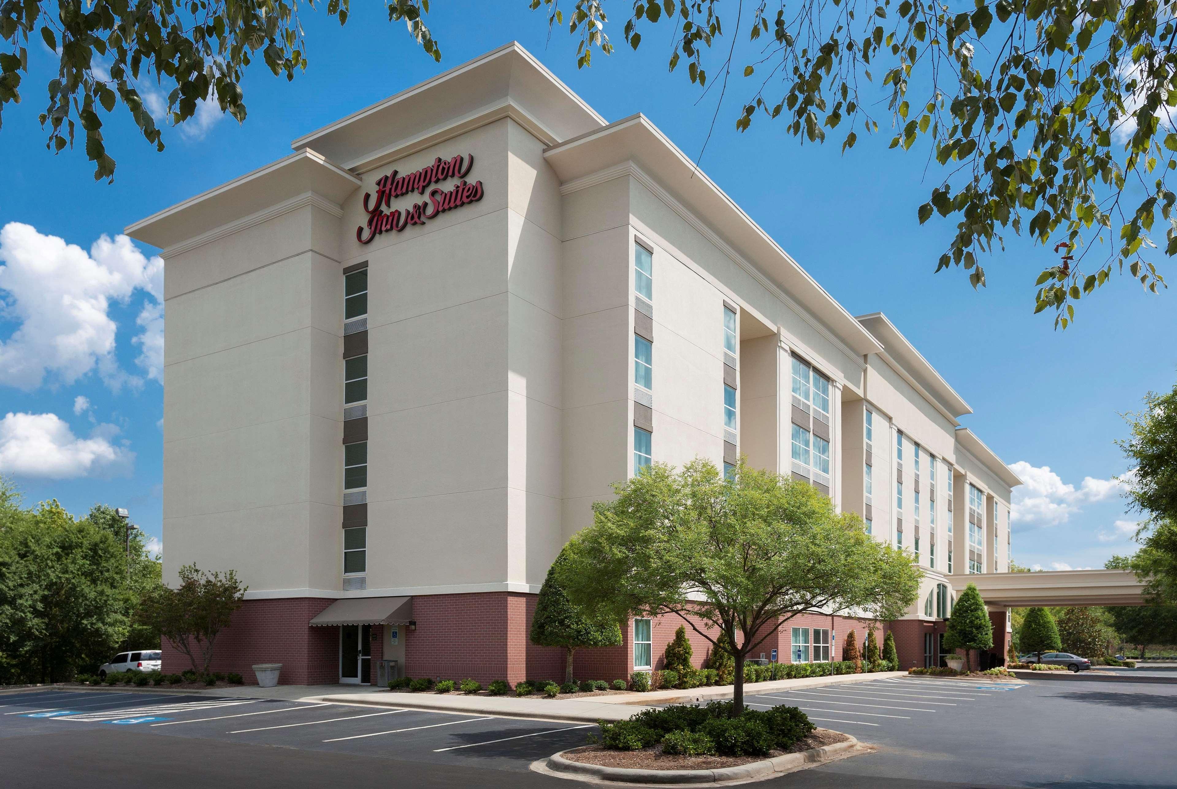 Hampton Inn & Suites Charlotte/Pineville image 7