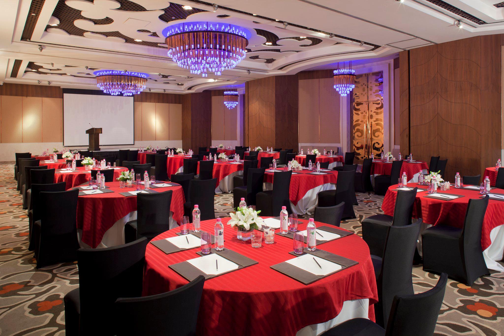 Crowne Plaza New Delhi Okhla, an IHG Hotel