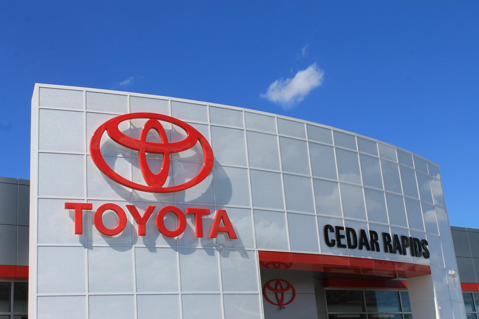 Toyota Cedar Rapids >> Cedar Rapids Toyota 1190 Boyson Road Hiawatha Ia Car