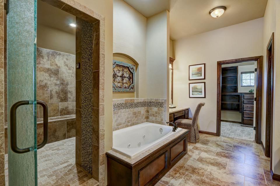R & R Homes, LLC image 6