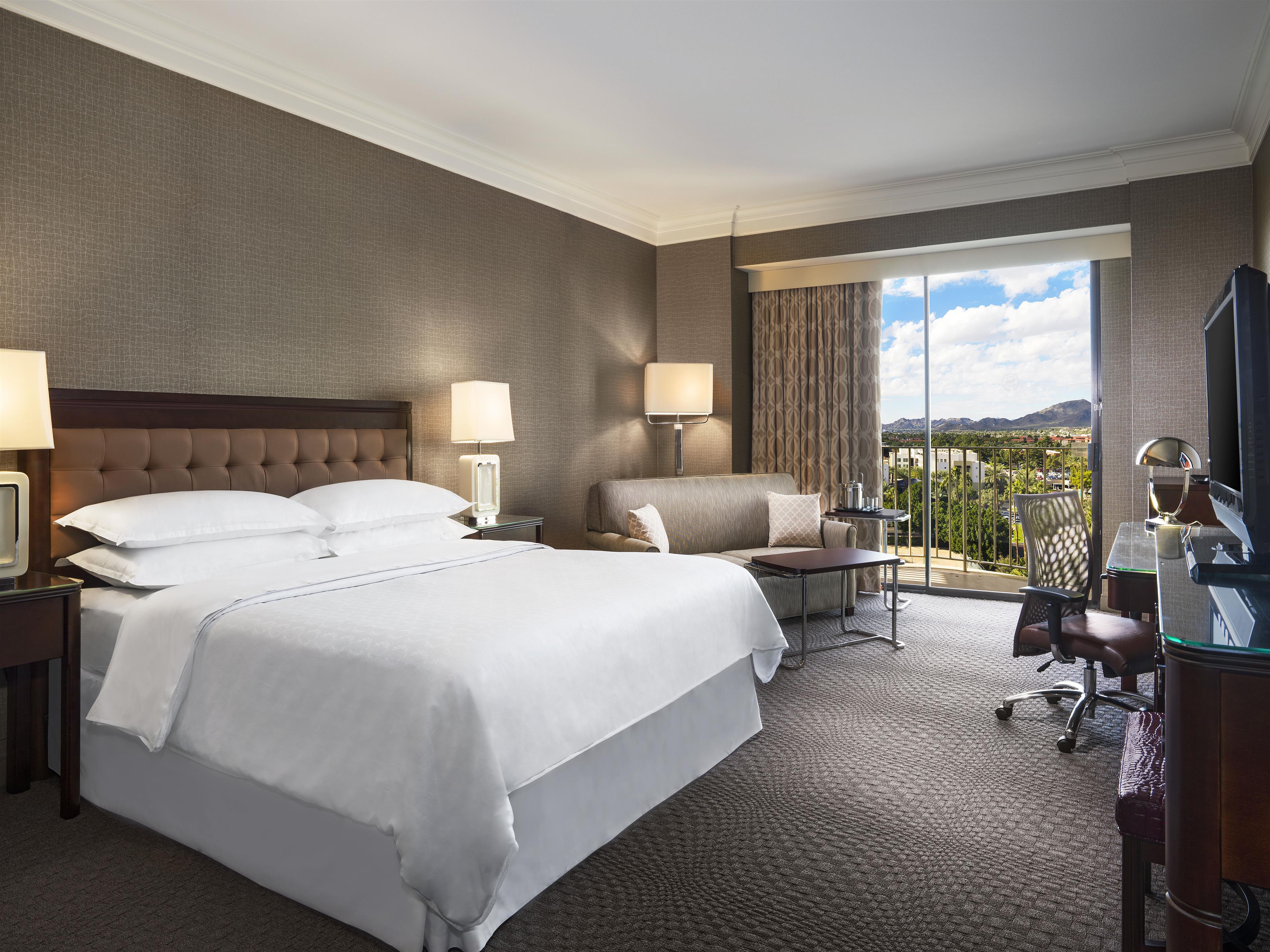 Sheraton Crescent Hotel image 2
