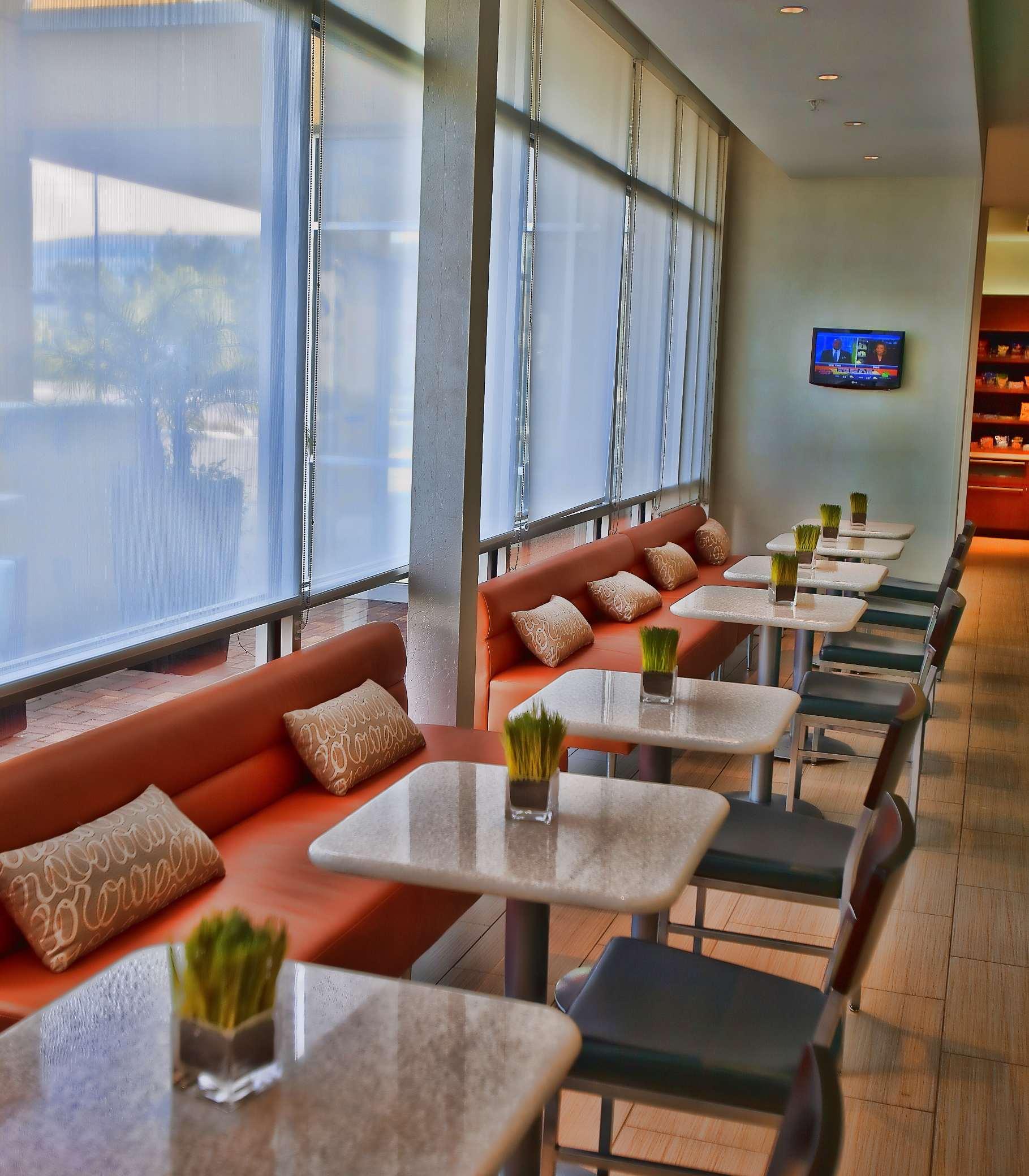 SpringHill Suites by Marriott Houston Rosenberg image 9