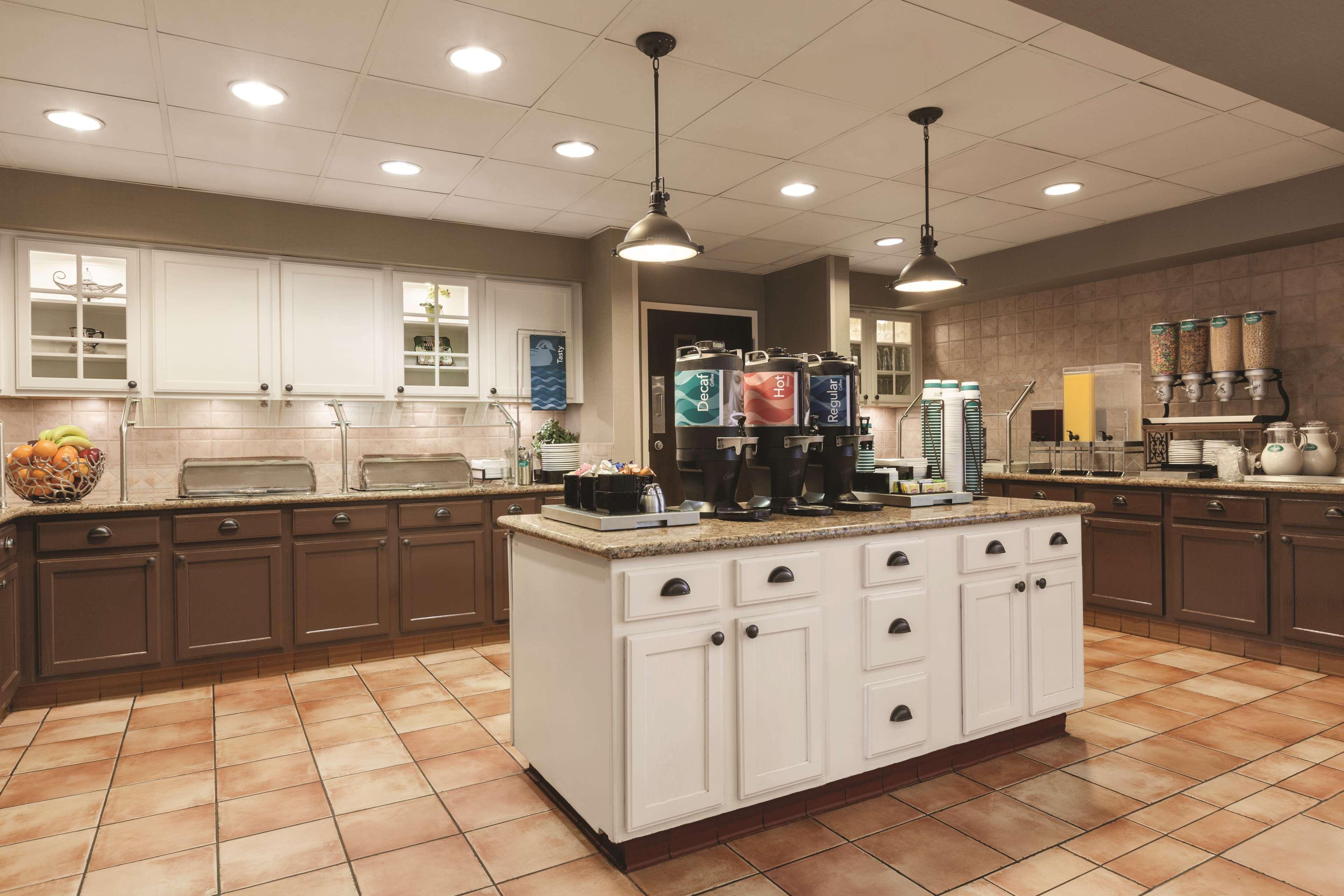 Homewood Suites by Hilton La Quinta image 11