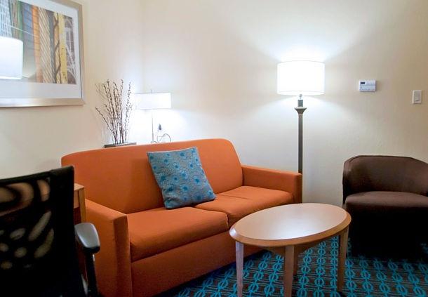 Fairfield Inn & Suites by Marriott Ames image 5